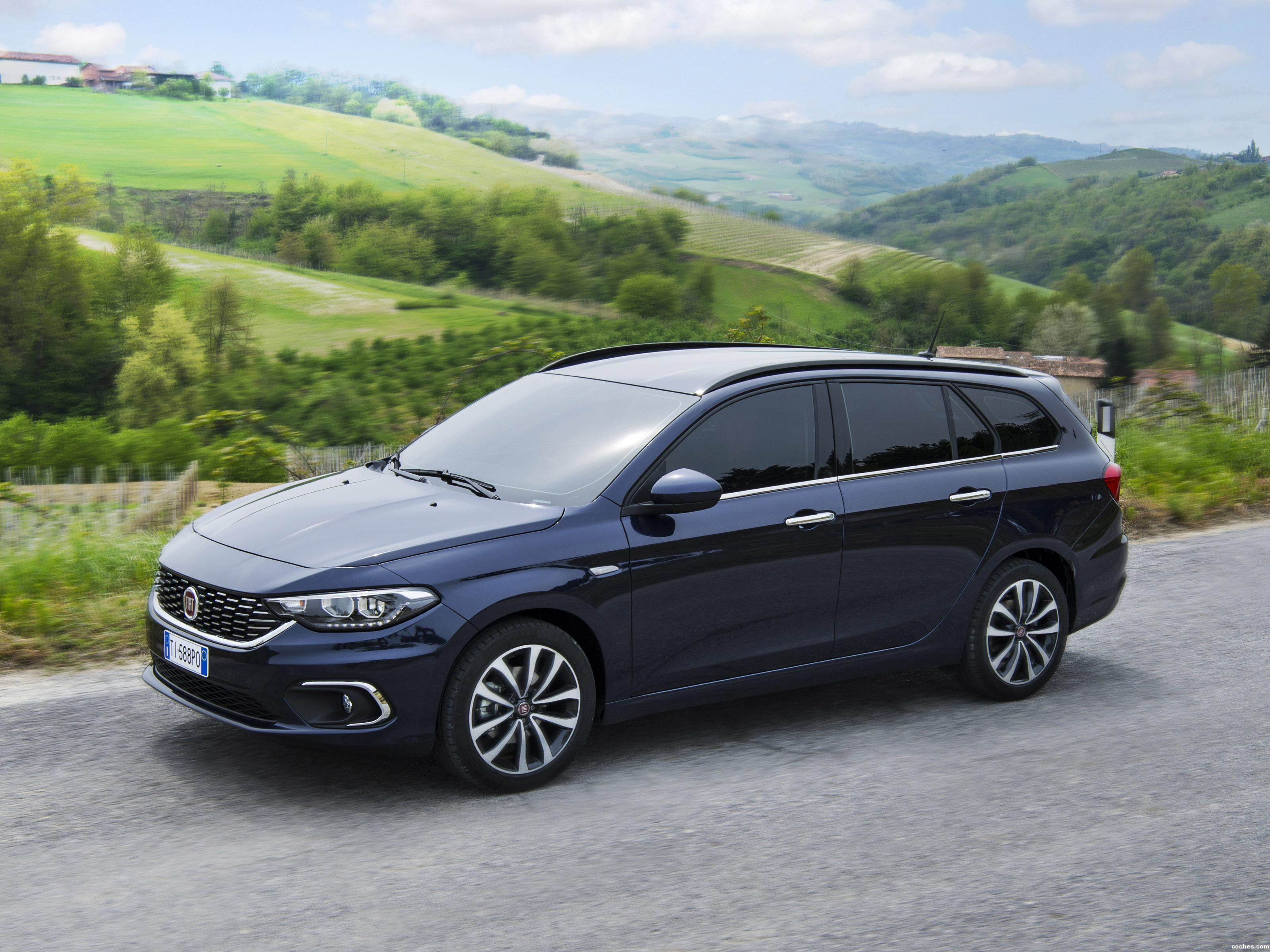 Fiat Tipo Station Wagon 4k big