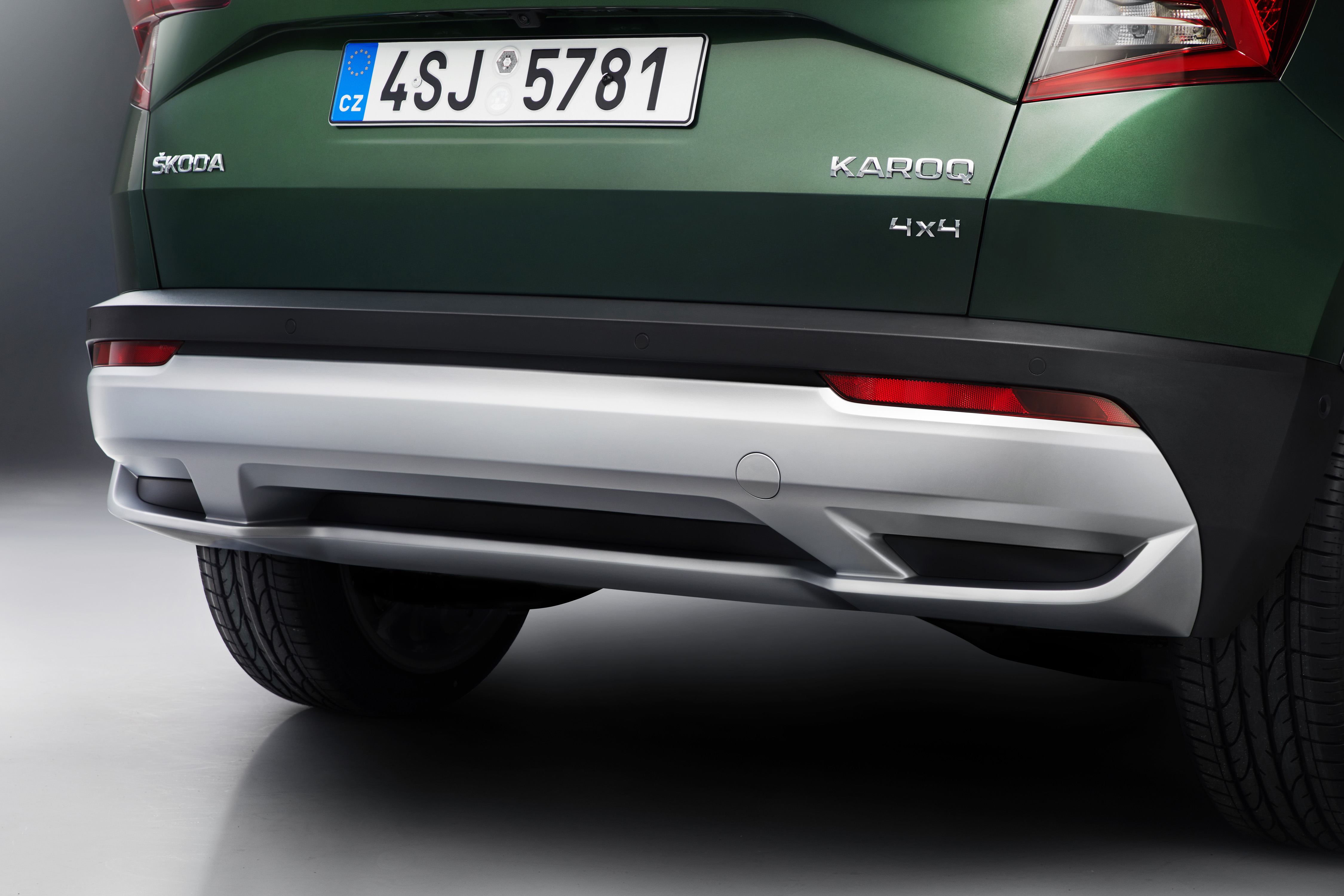 Skoda Karoq Scout modern specifications