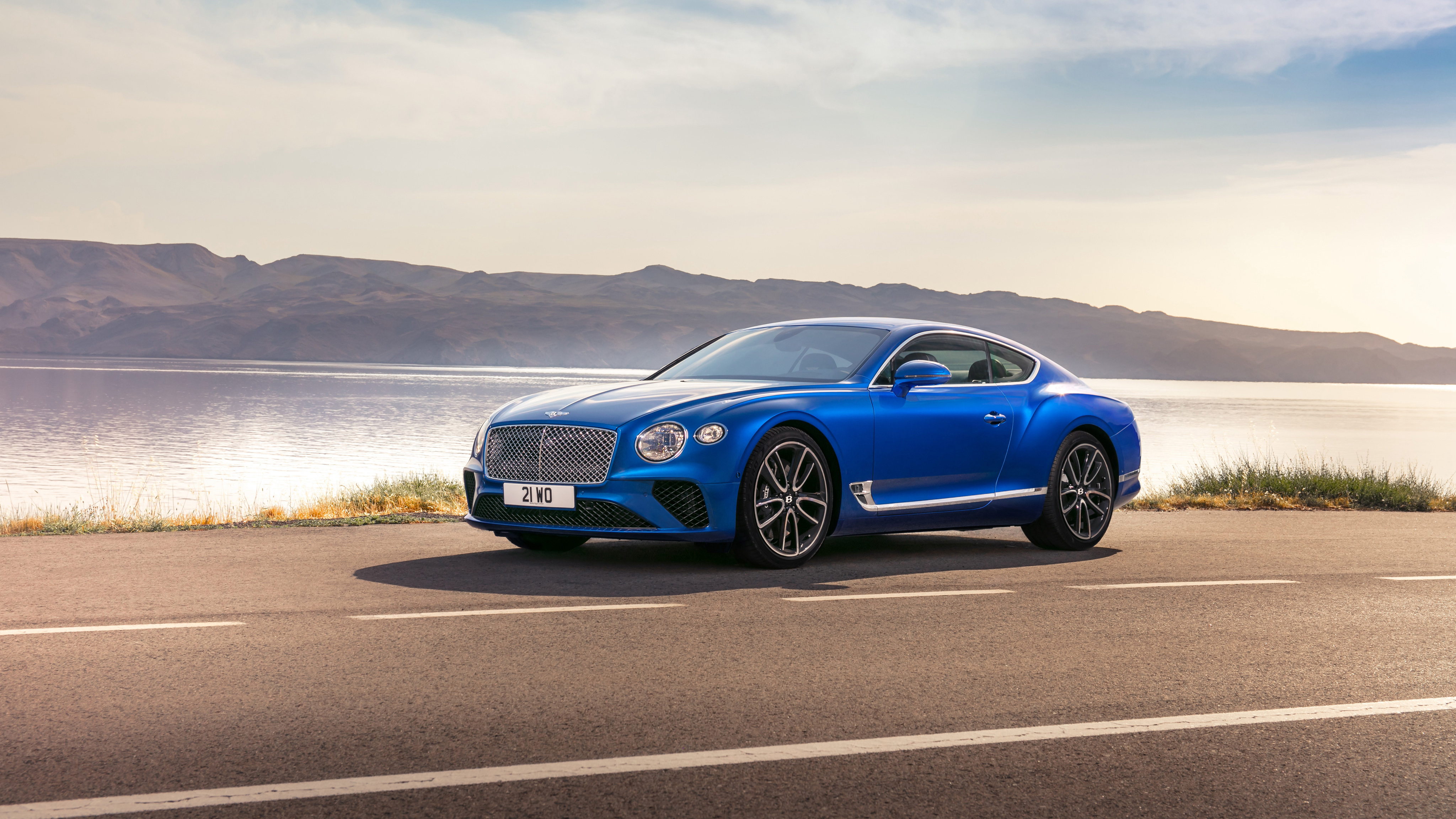 Bentley Continental GT modern specifications