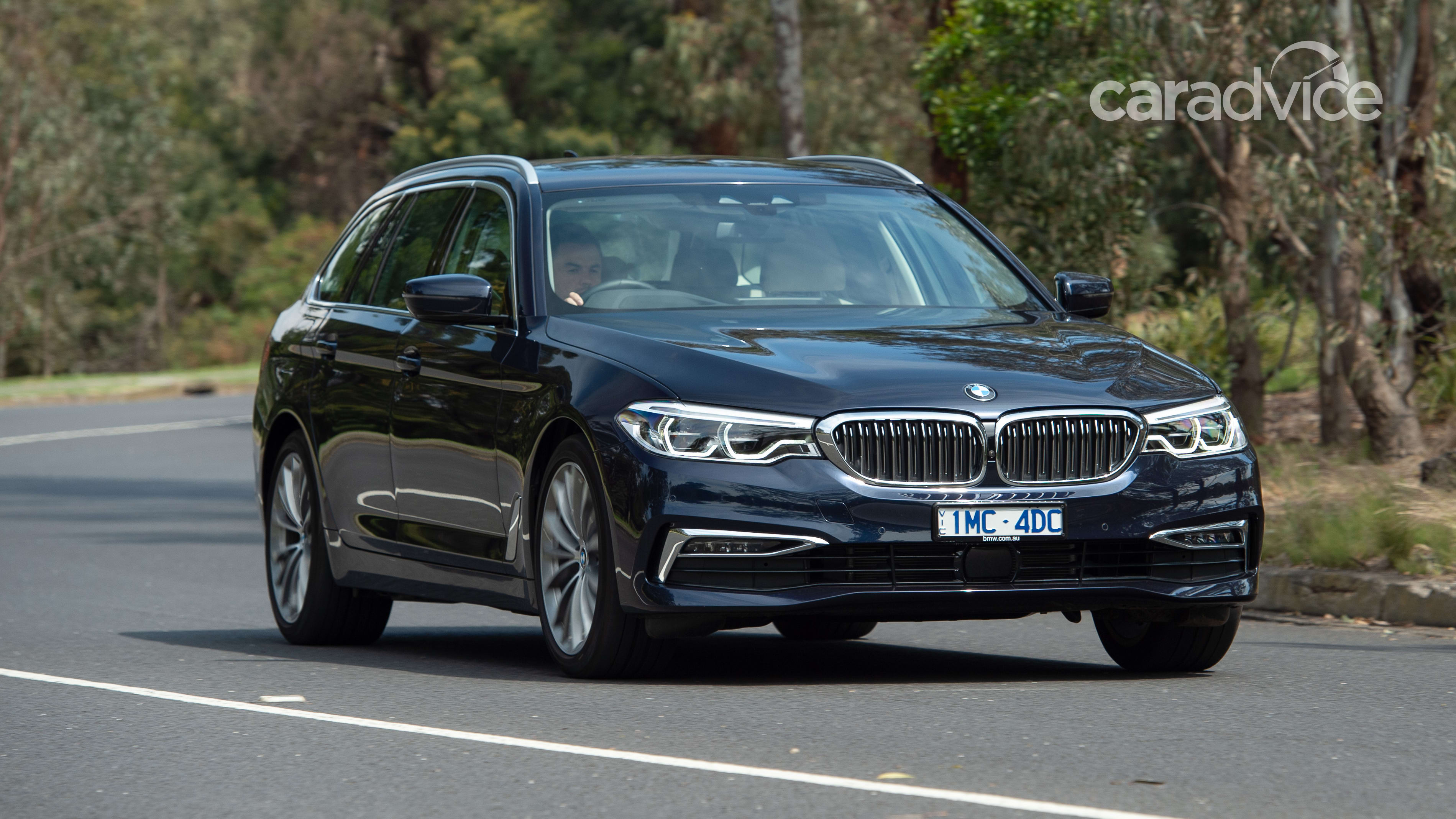 BMW 5 Series Touring (G31) Photos and Specs. Photo: BMW 5 ...