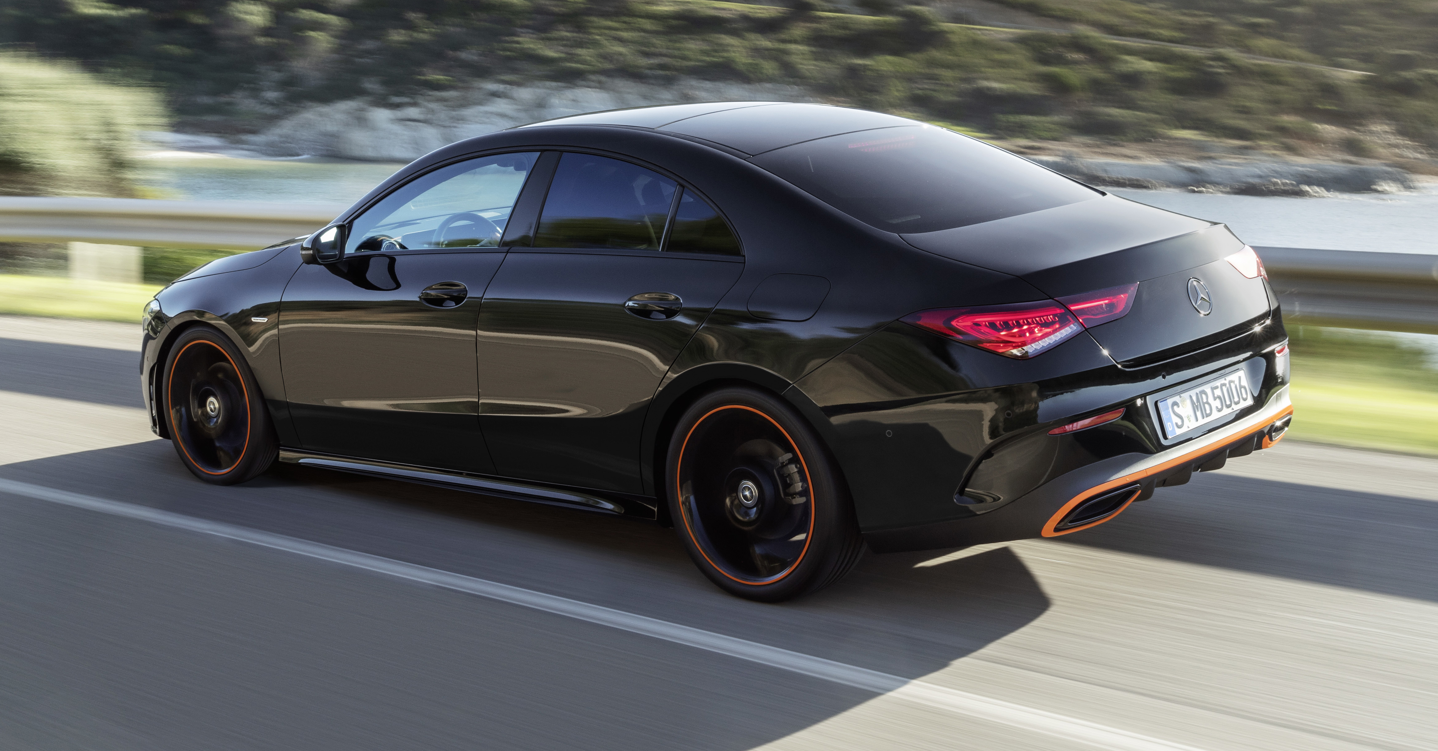 Mercedes CLA Shooting Brake (X118) exterior specifications