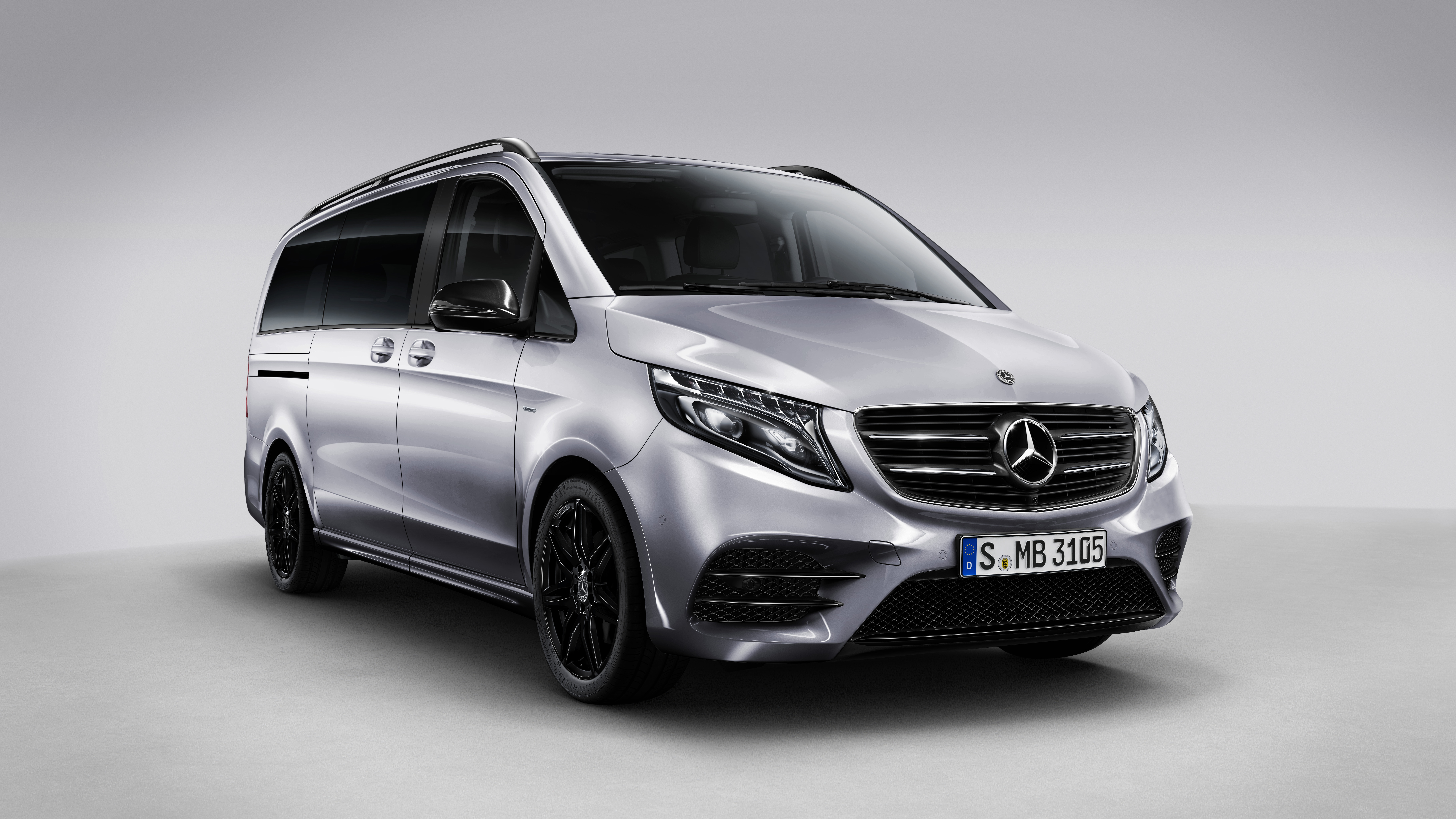 Mercedes E-Class Plug-in Hybrid (W213) 4k specifications