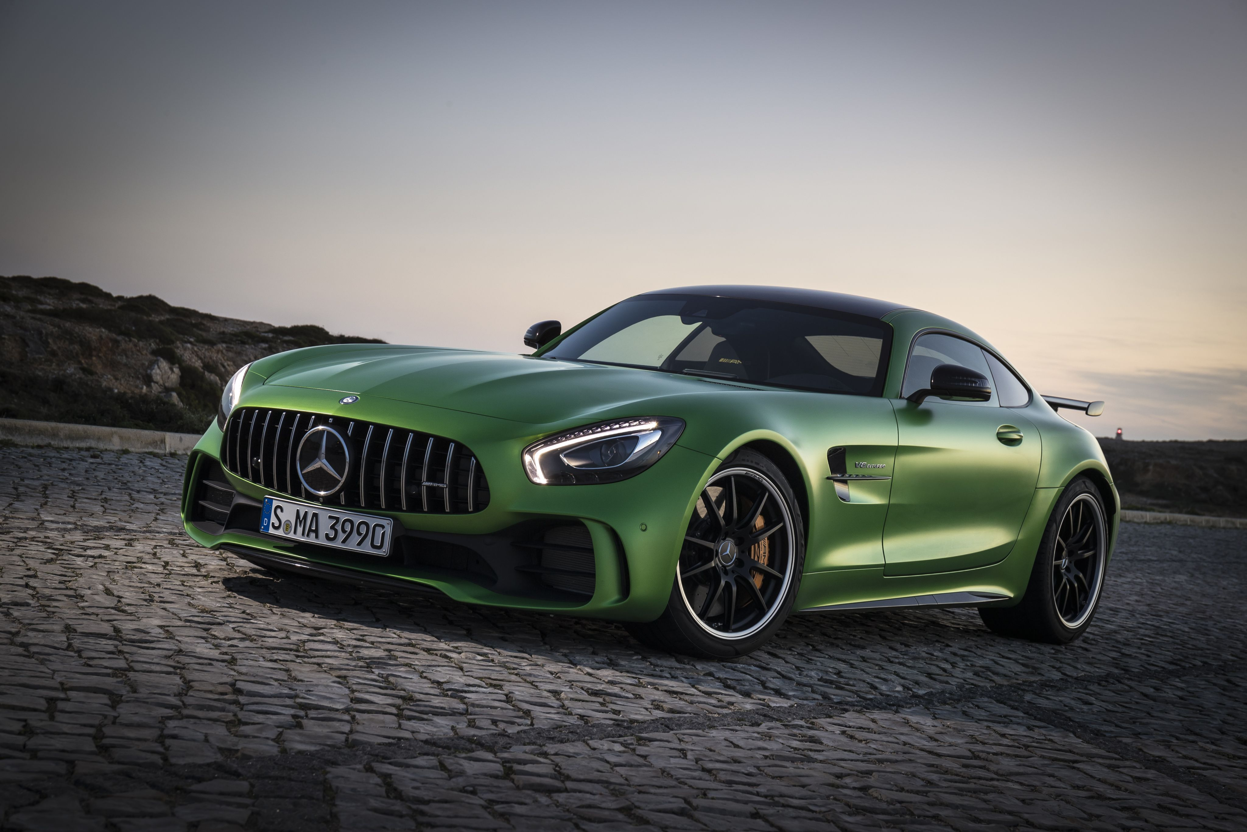 Mercedes AMG GT (C190) coupe specifications