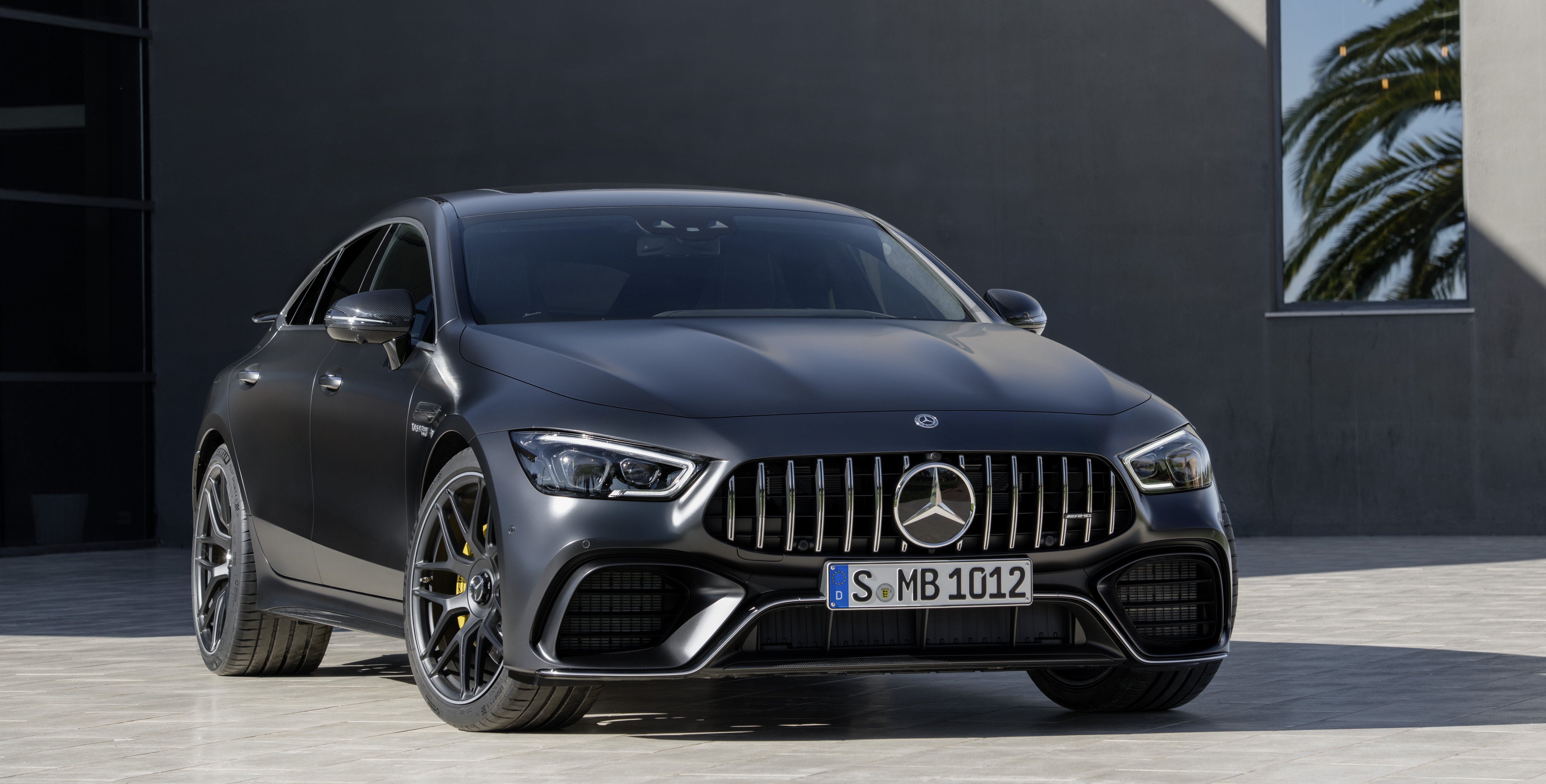 Mercedes AMG GT 4-Door Coupe (X290) reviews specifications