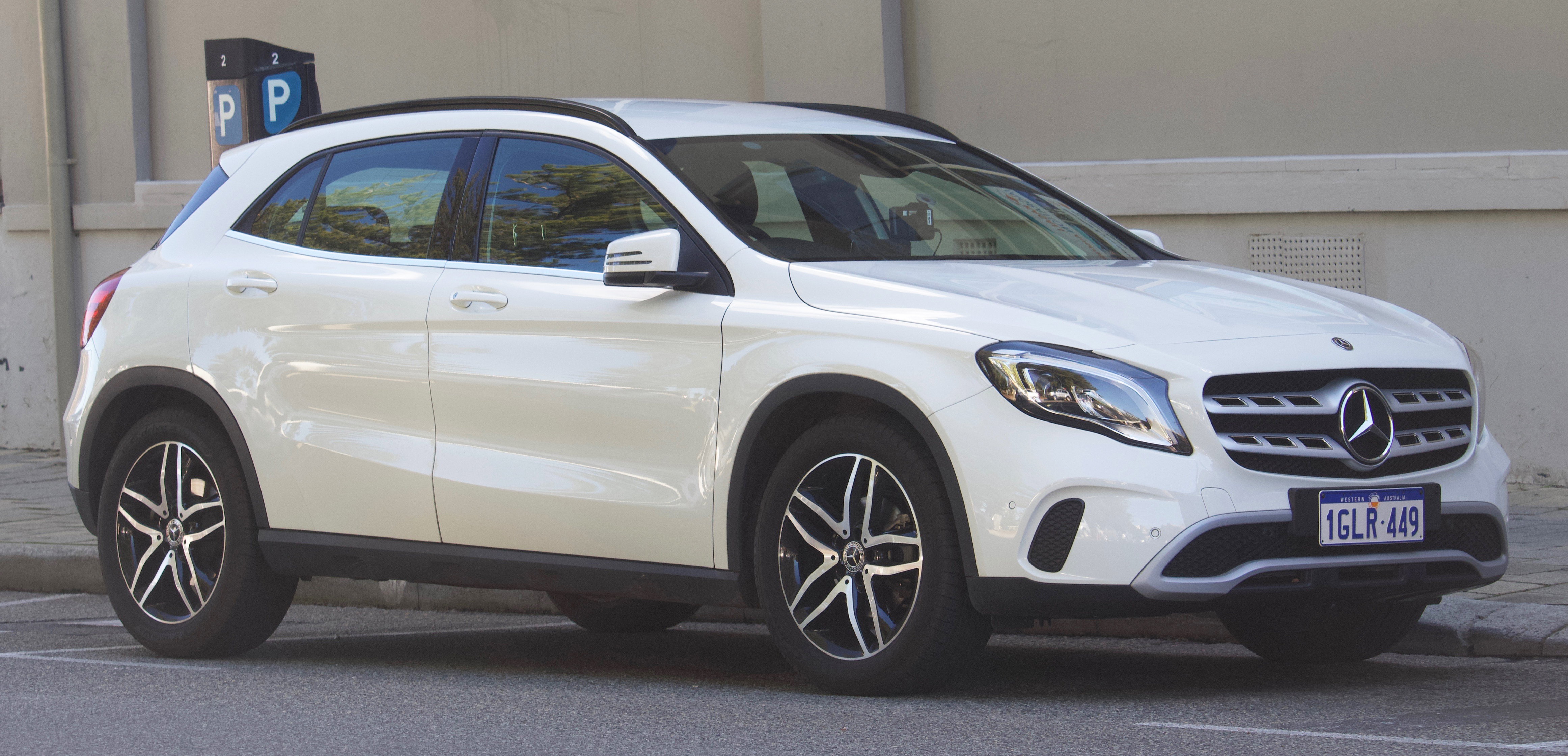 Mercedes GLA-Class (H247) accessories specifications