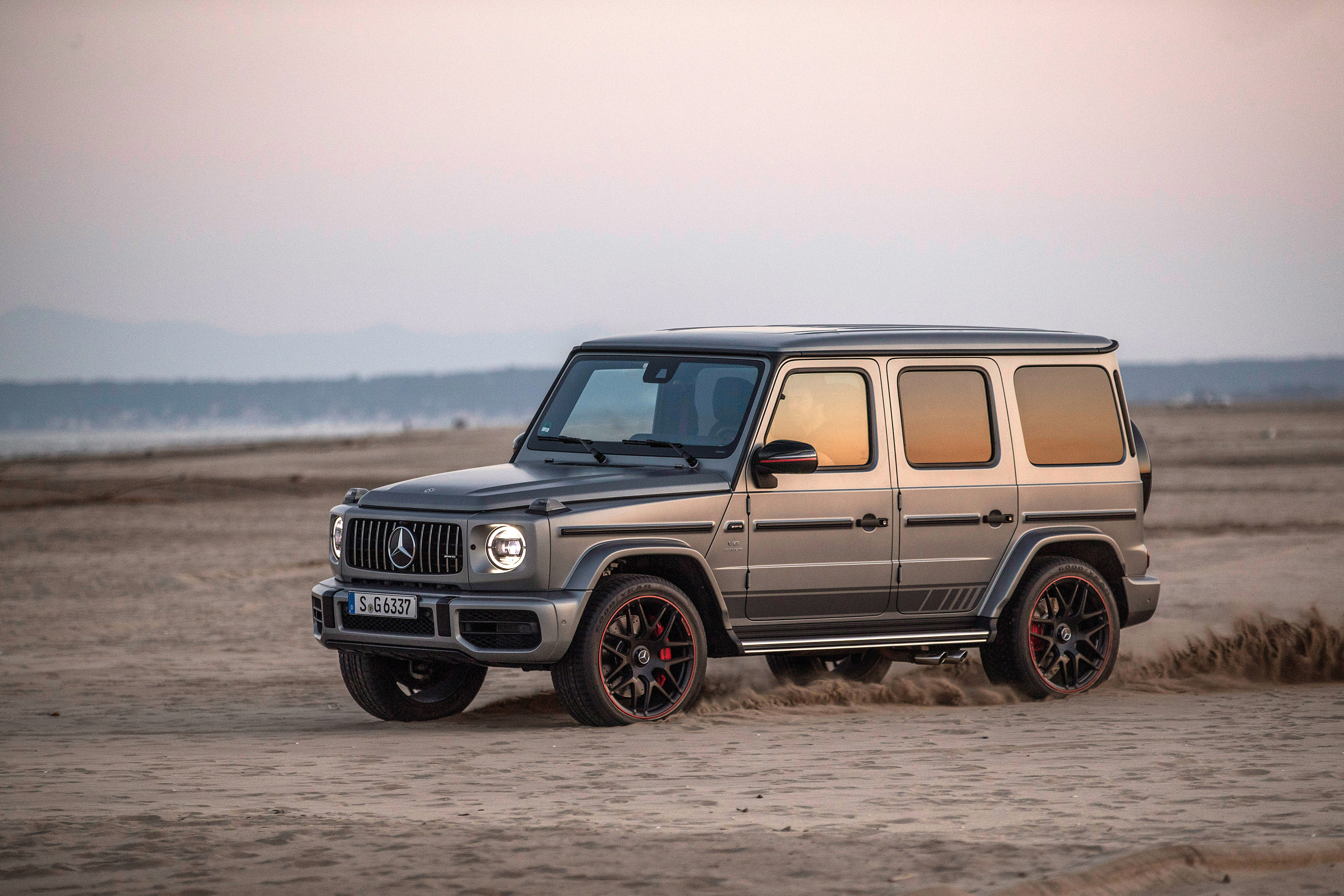 Mercedes G-Class (W463) reviews restyling