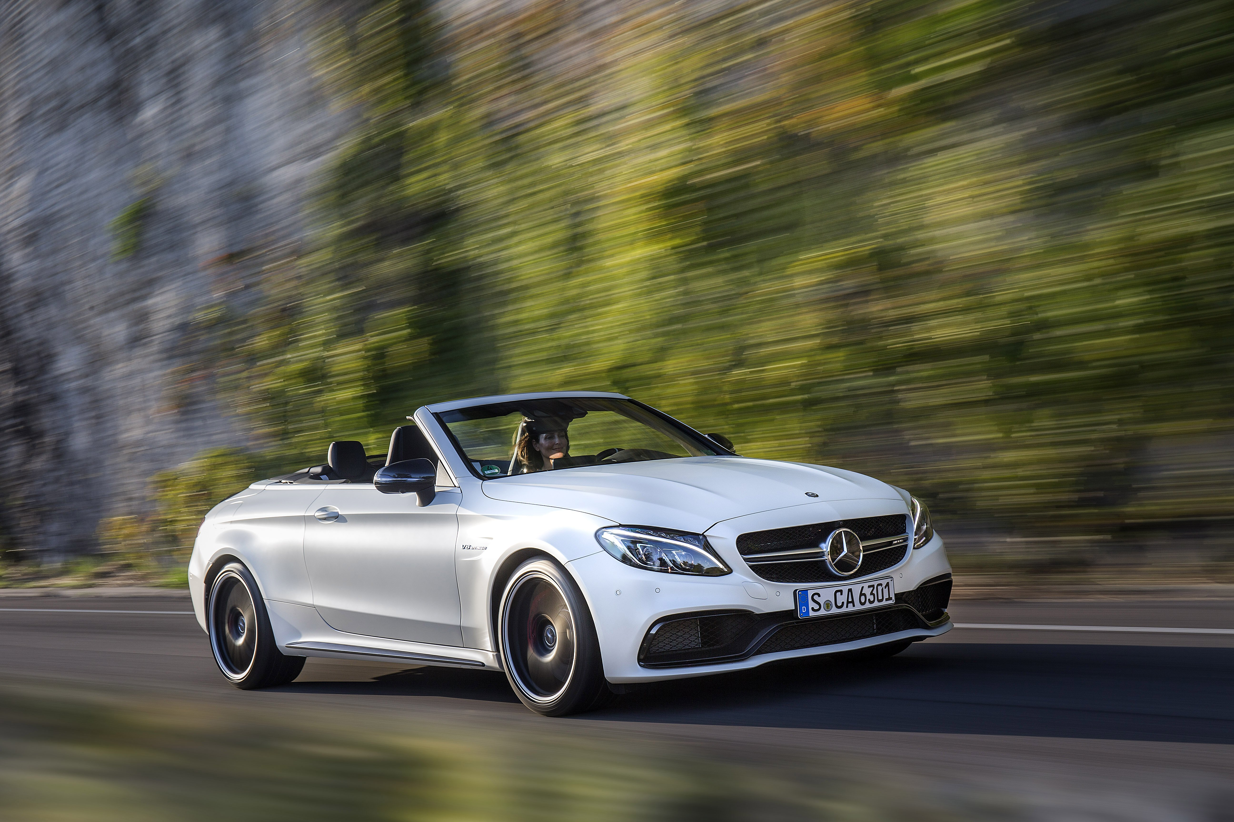 Mercedes C-Class Cabrio (A205) reviews specifications