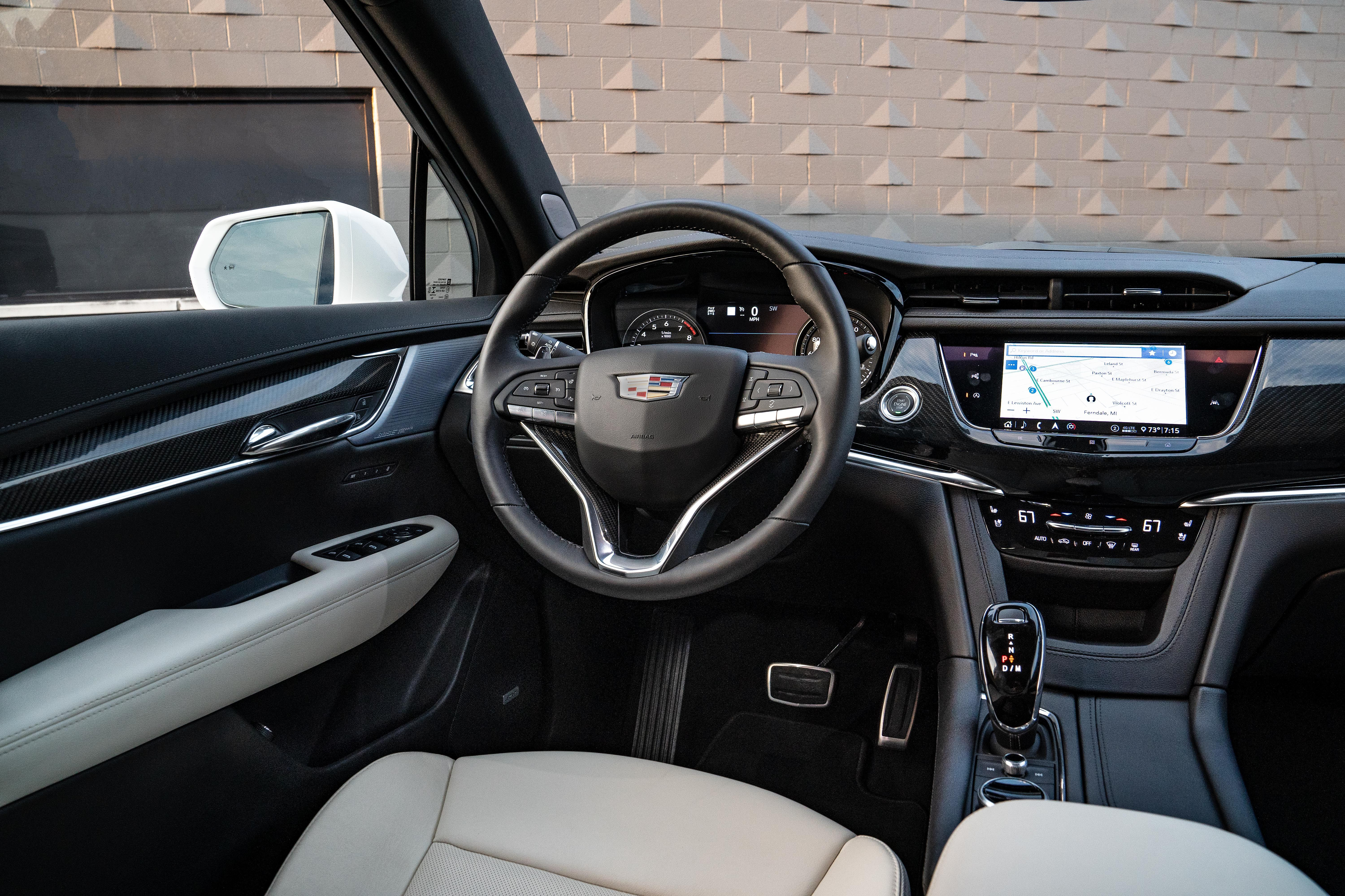 Cadillac XT6 reviews restyling
