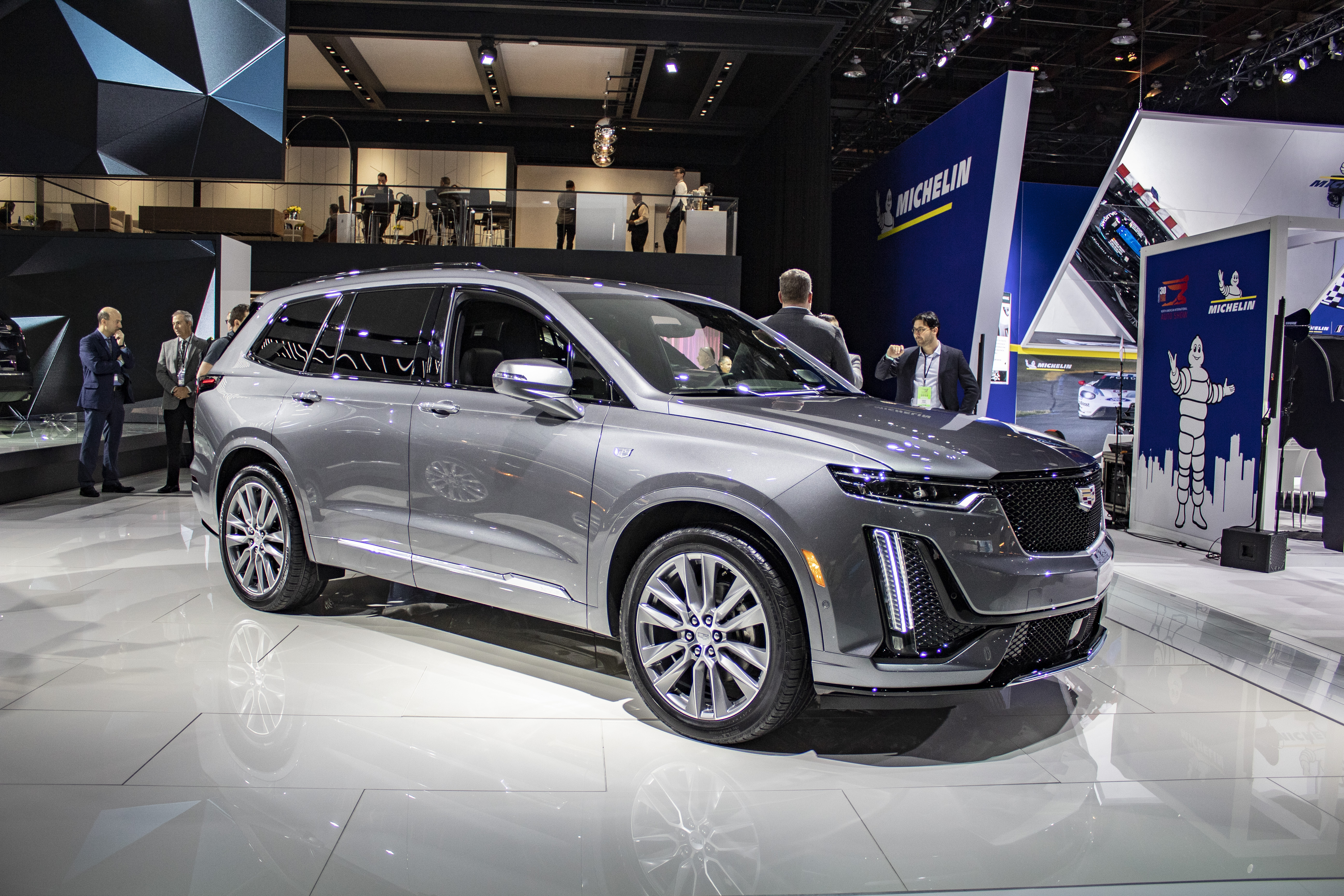 Cadillac XT6 reviews photo