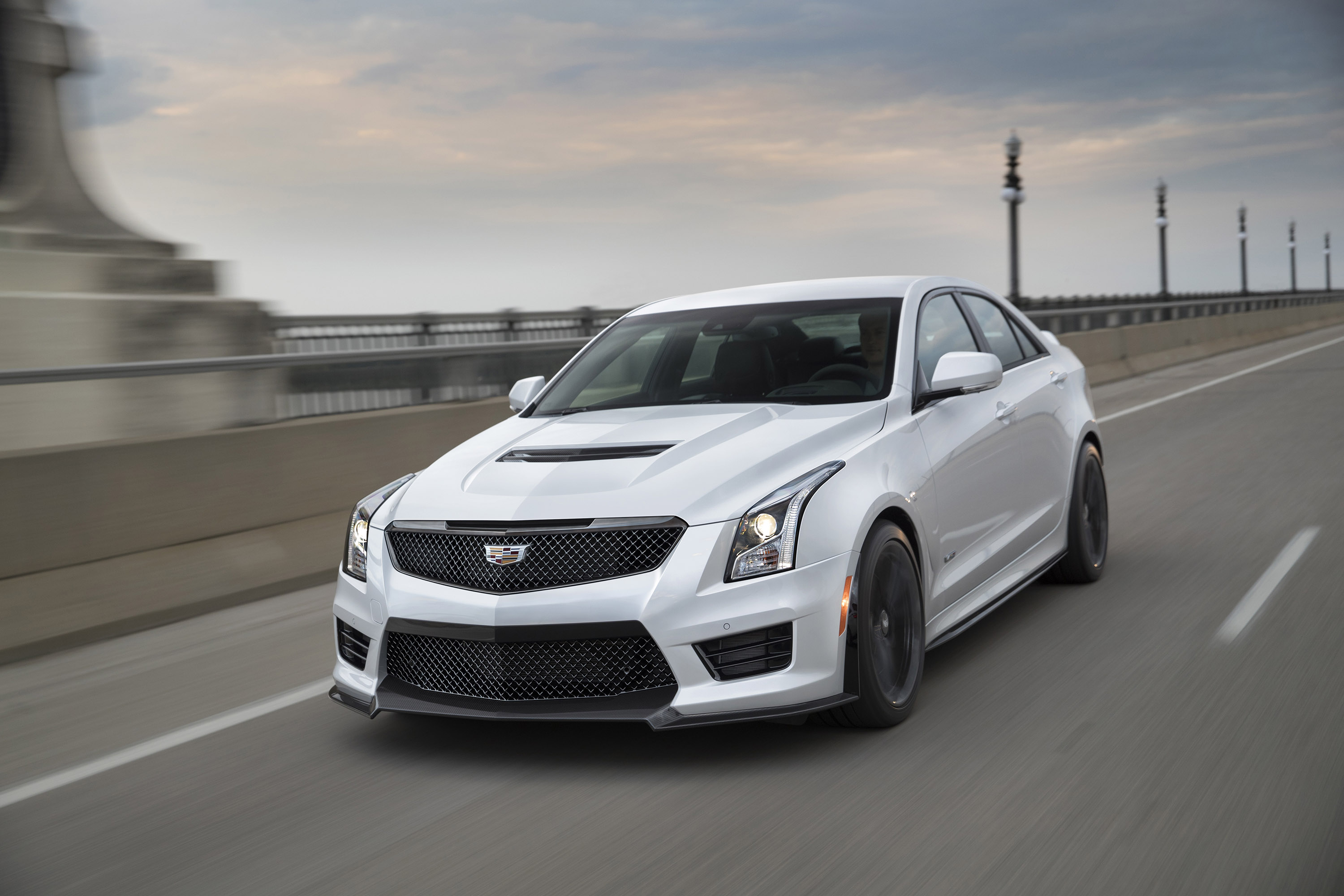 Cadillac ATS-V Coupe exterior specifications