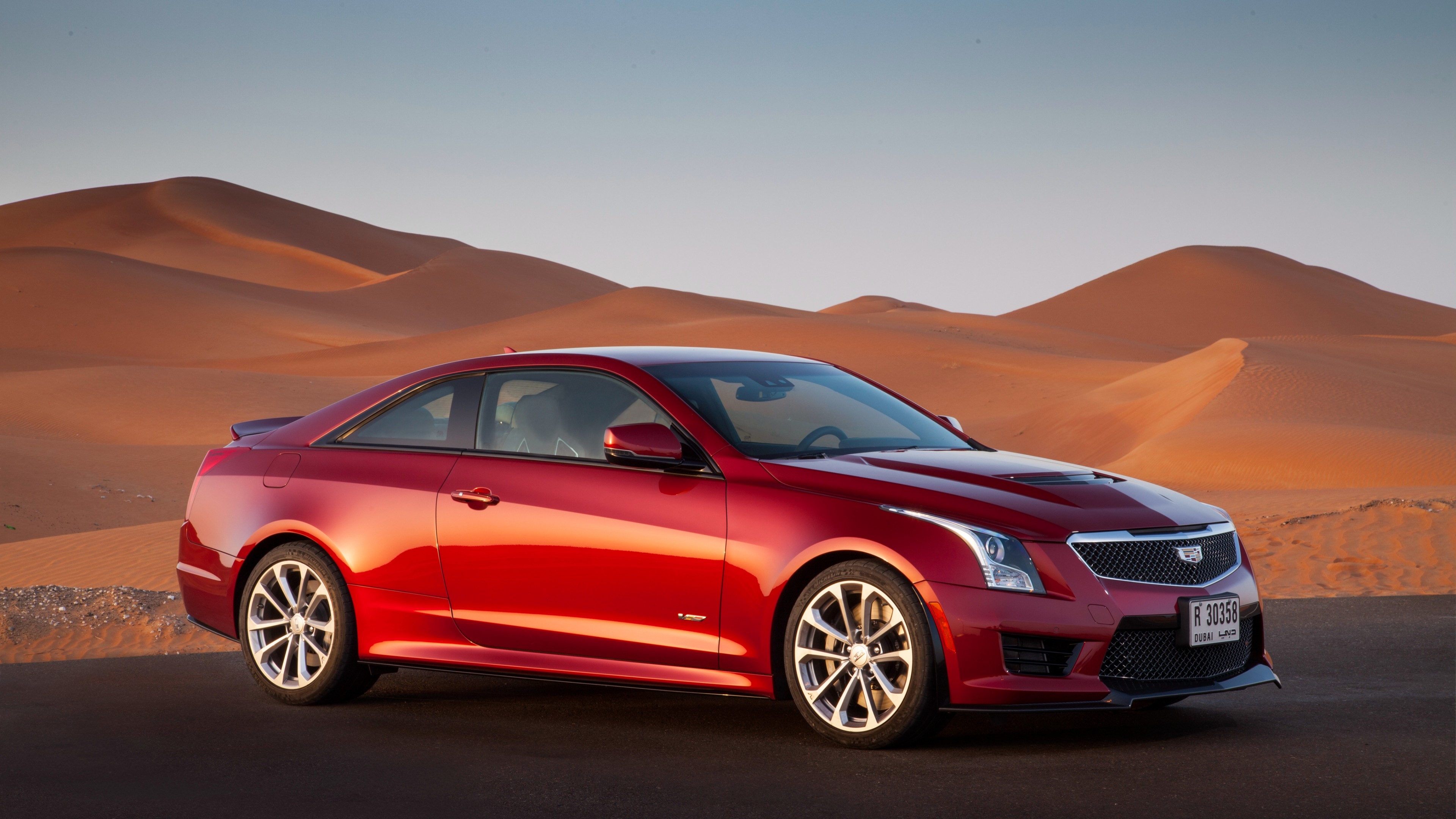 Cadillac ATS-V Sedan hd 2015