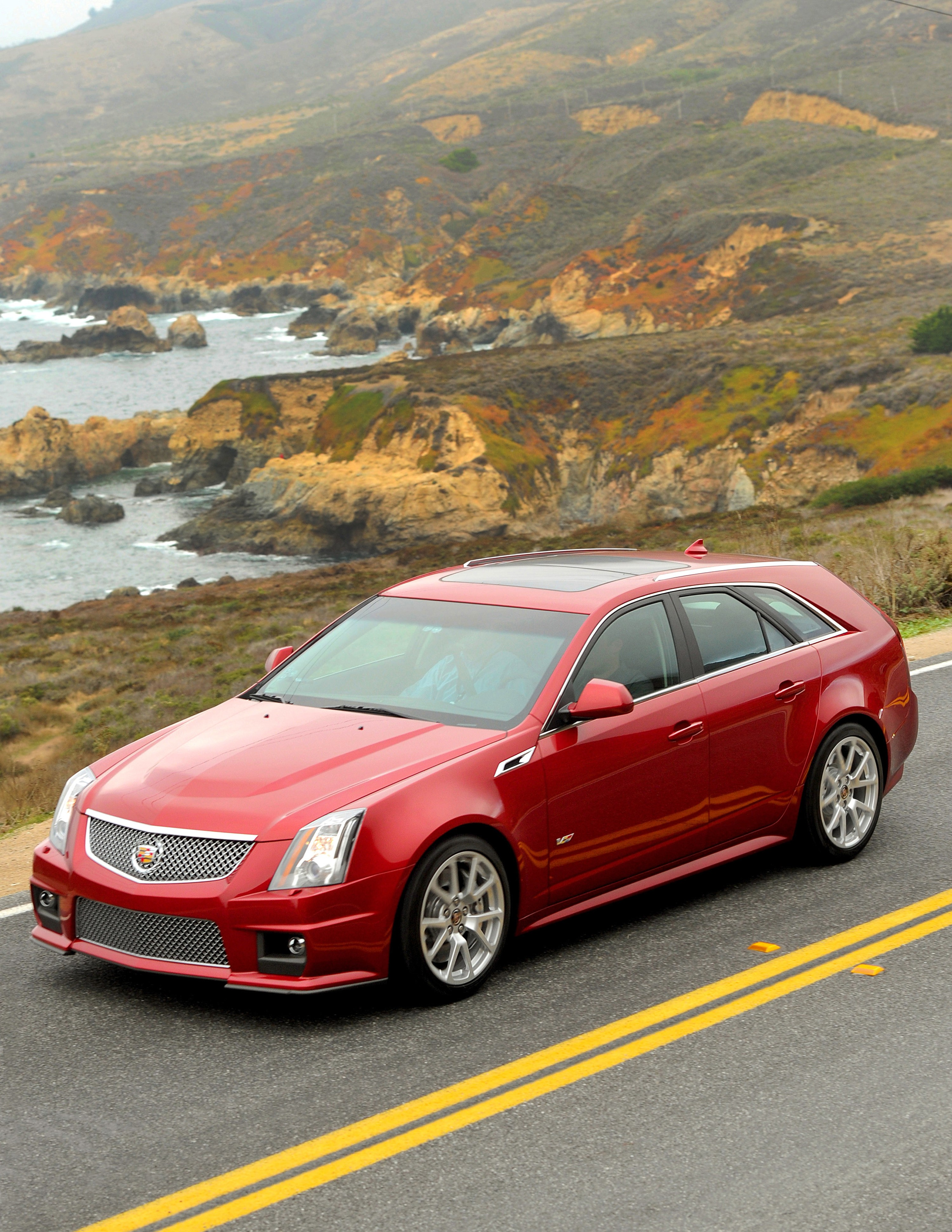 Cadillac CTS-V Sedan reviews 2015