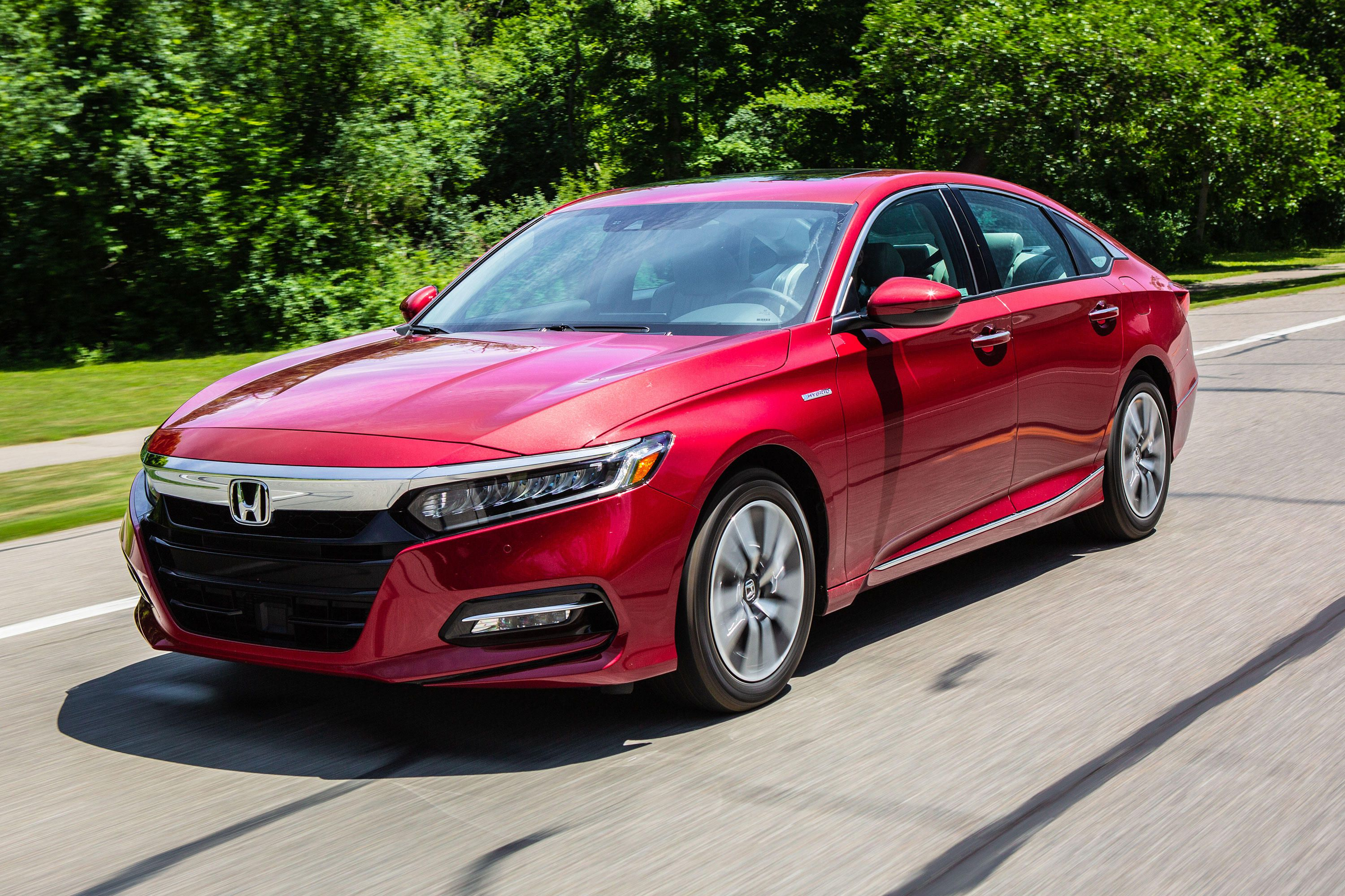 Honda Accord Hybrid reviews photo