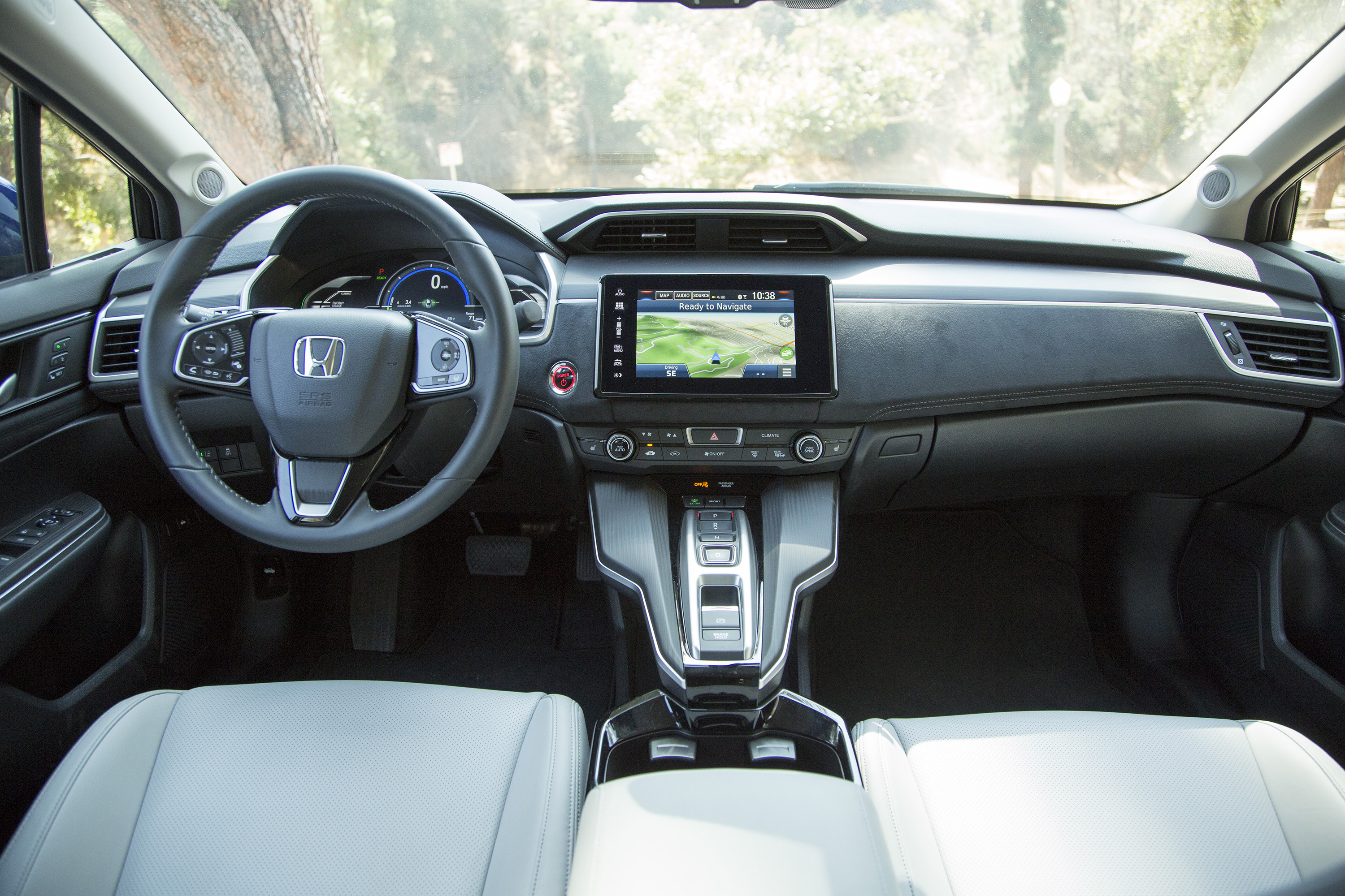 Honda Clarity Electric modern restyling