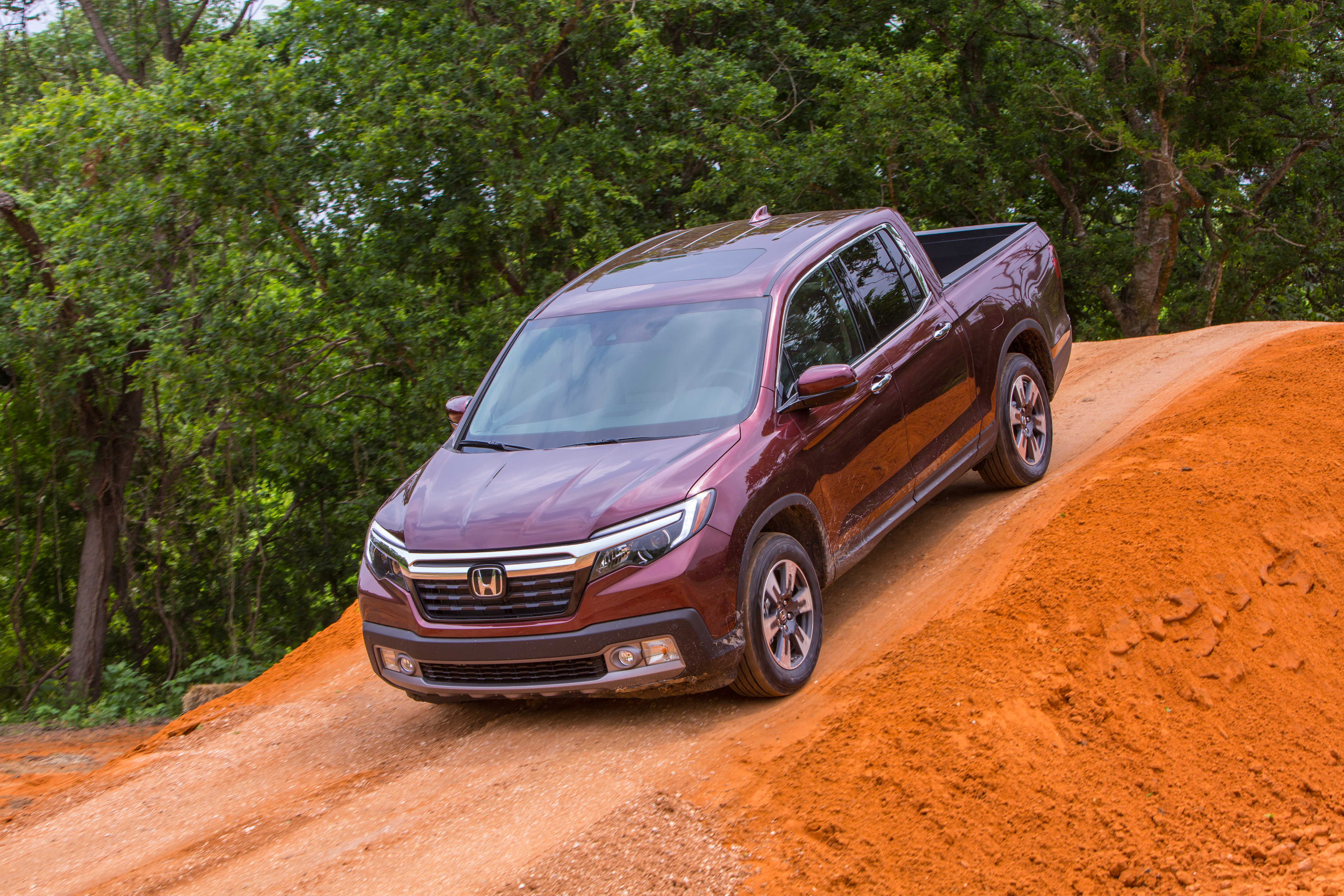 Honda Ridgeline hd photo