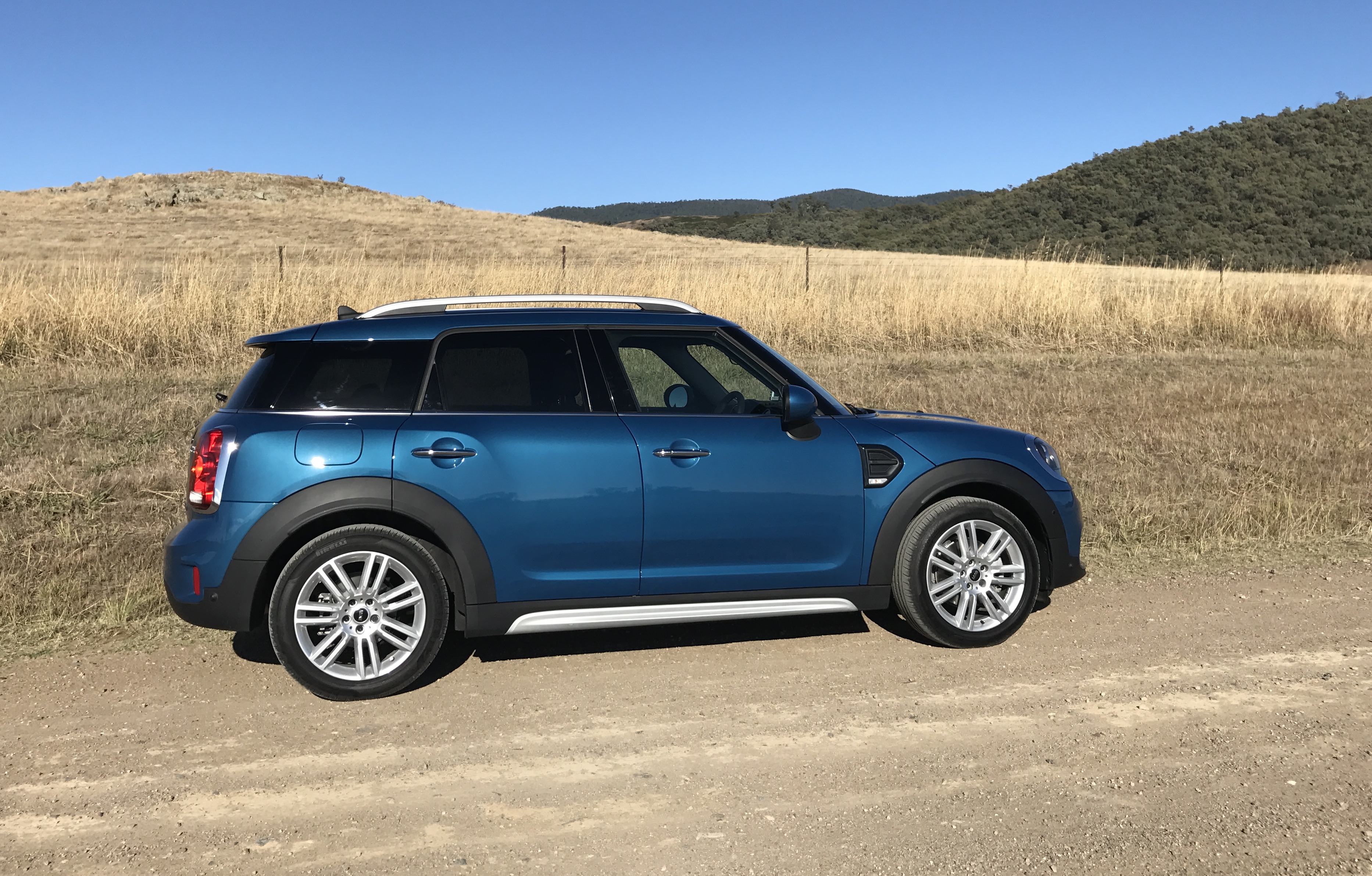 MINI Cooper S Countryman hd specifications