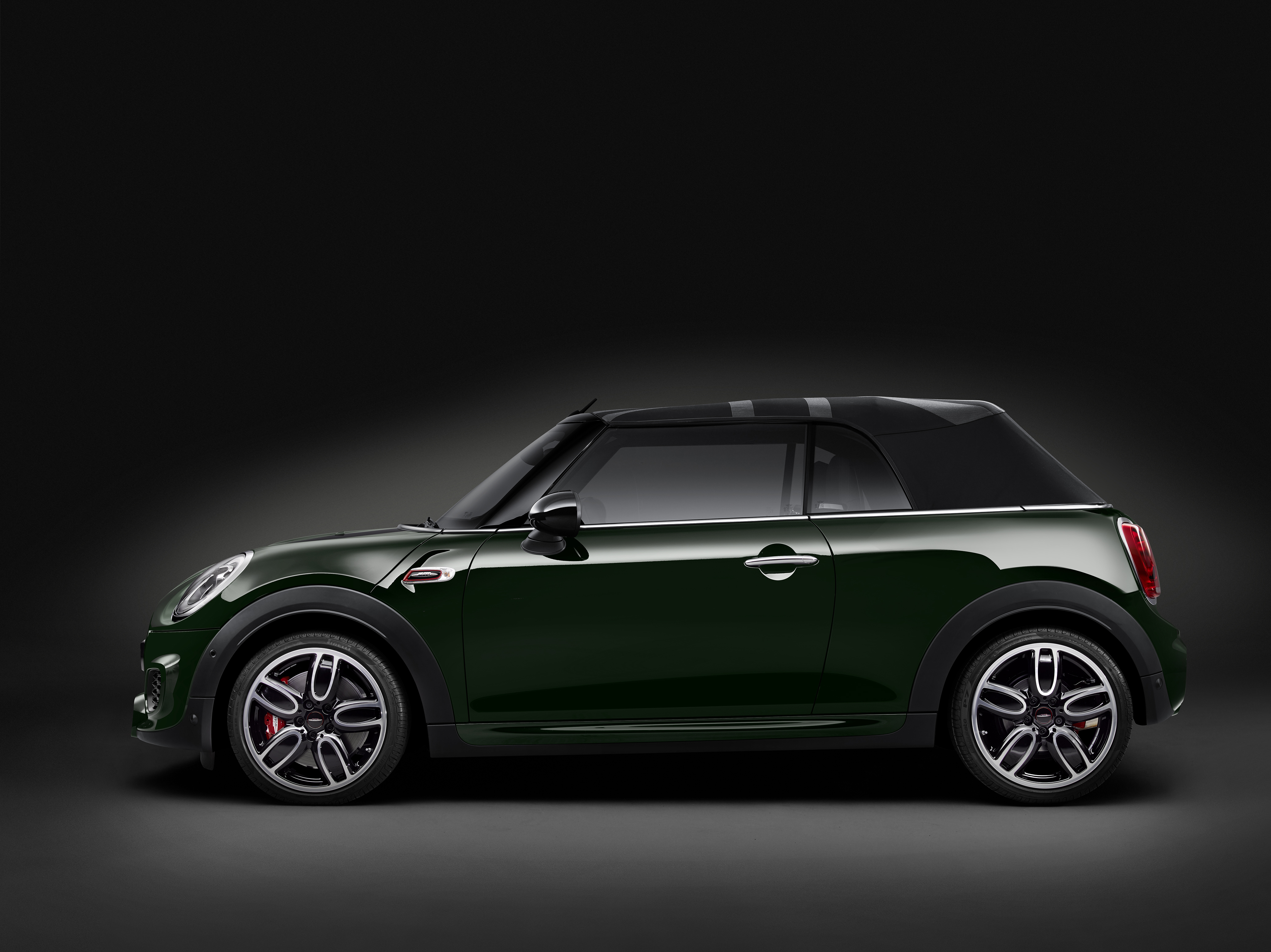 MINI John Cooper Works Cabrio interior photo