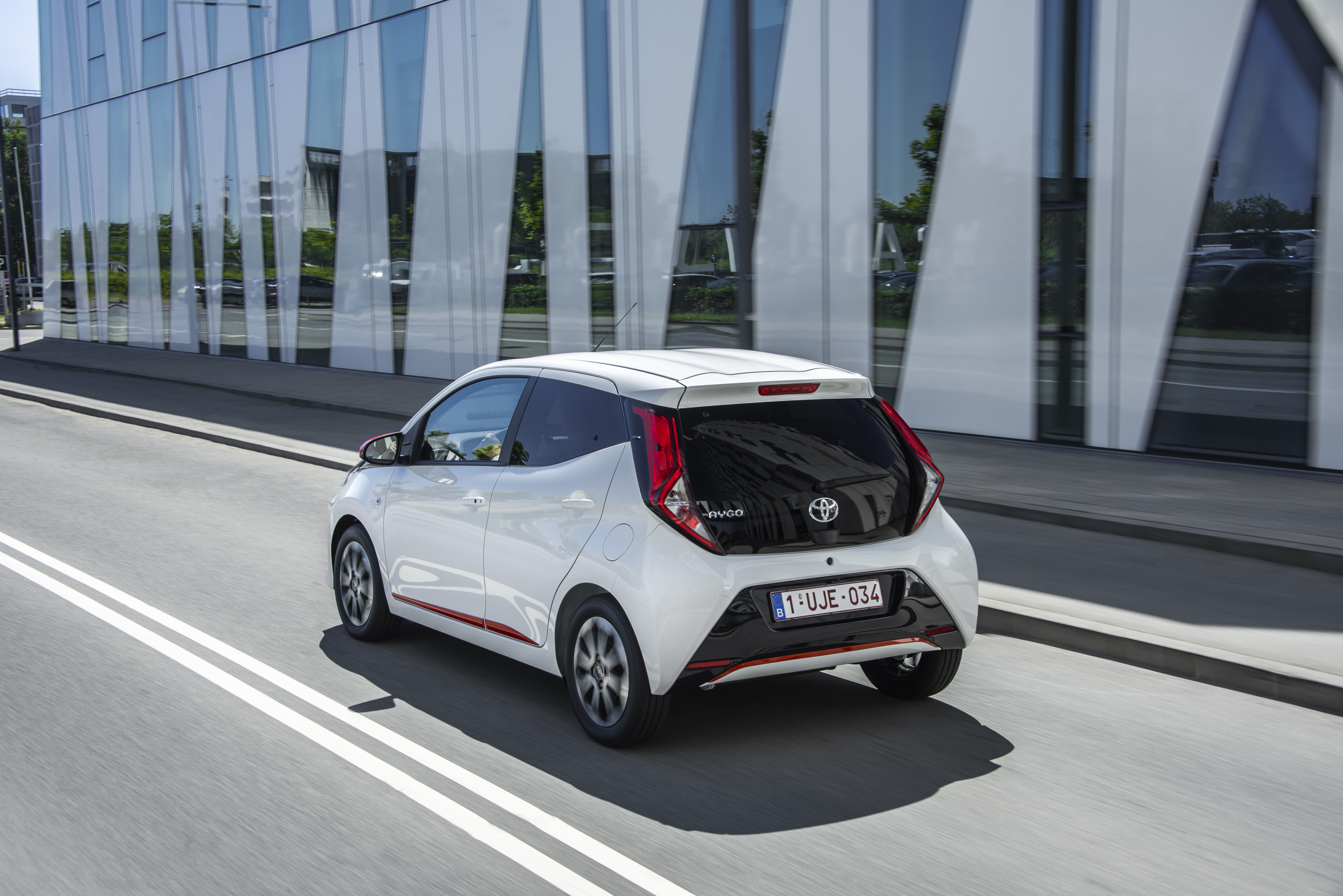 Toyota Aygo 3-door best restyling