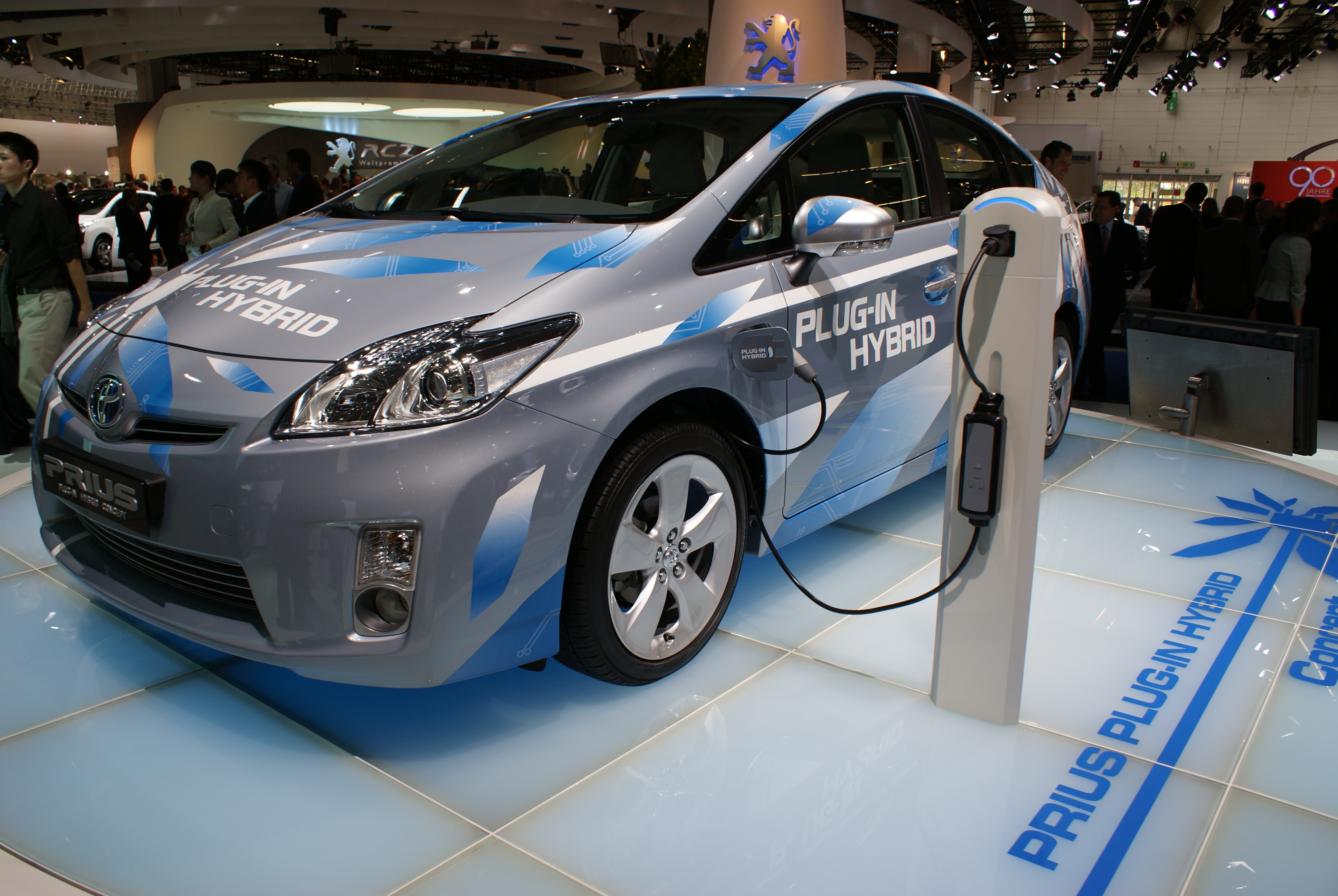 Toyota Prius Plug-in Hybrid mod specifications