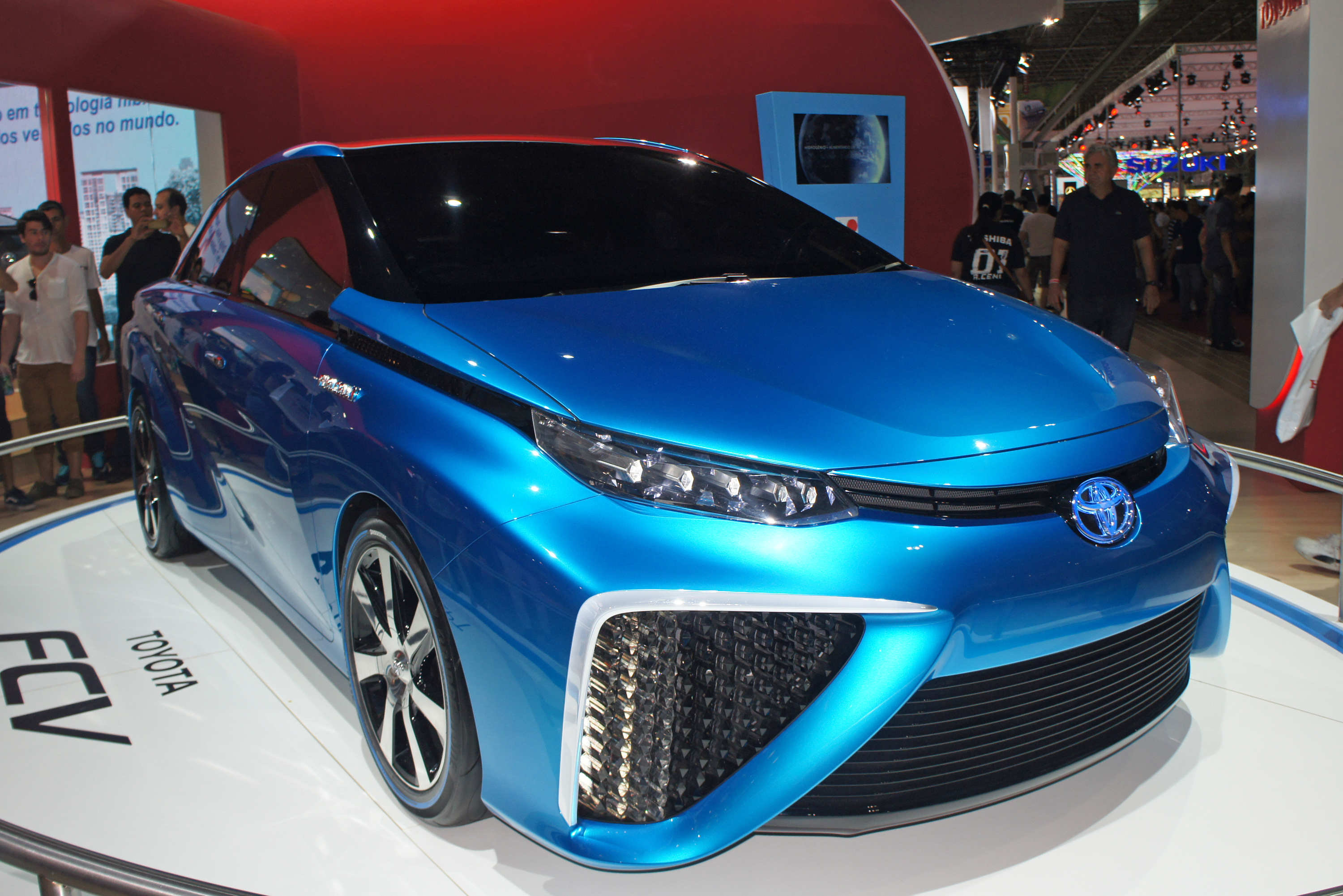 Toyota Mirai accessories specifications