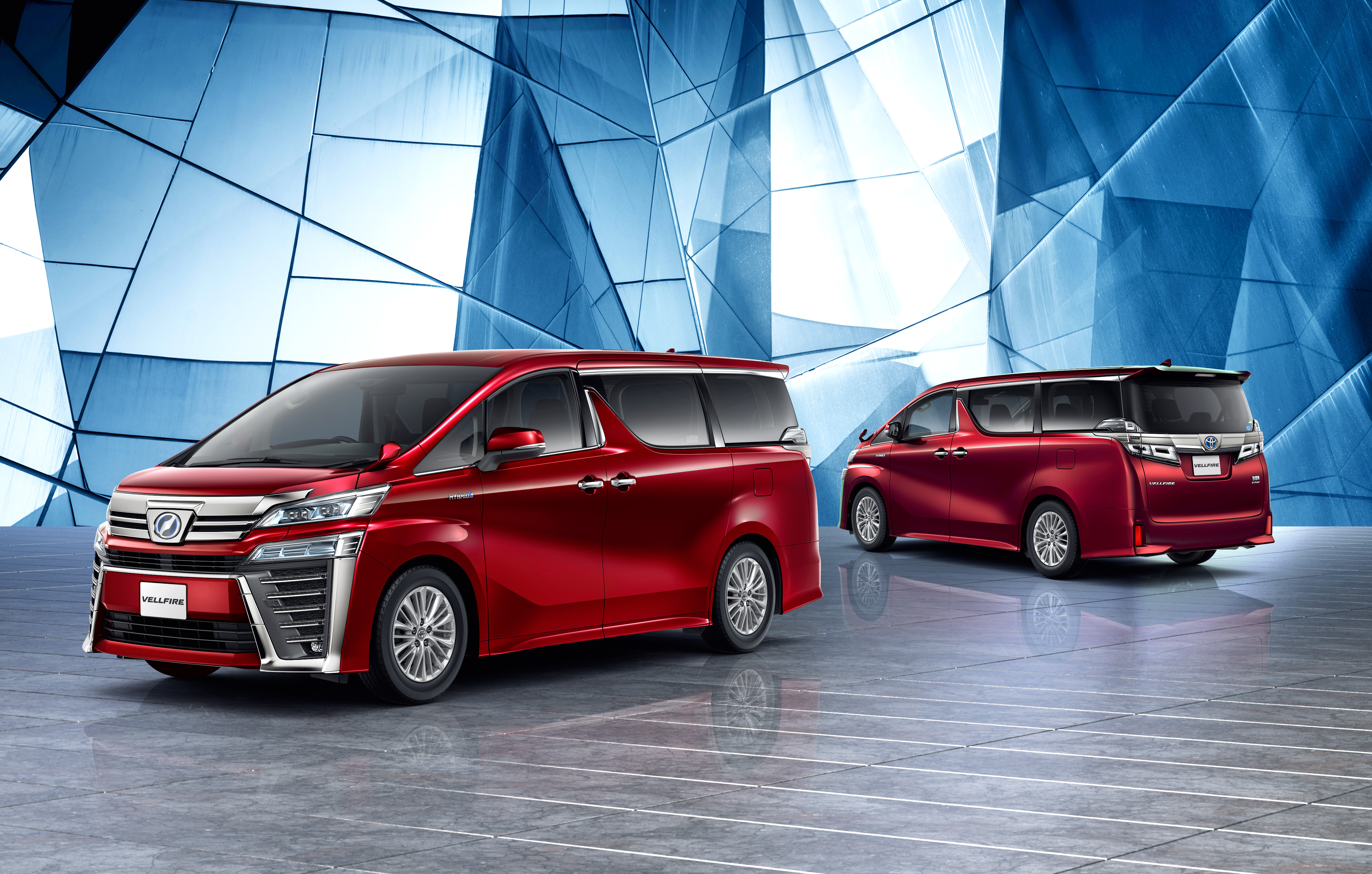 Toyota Alphard reviews 2018