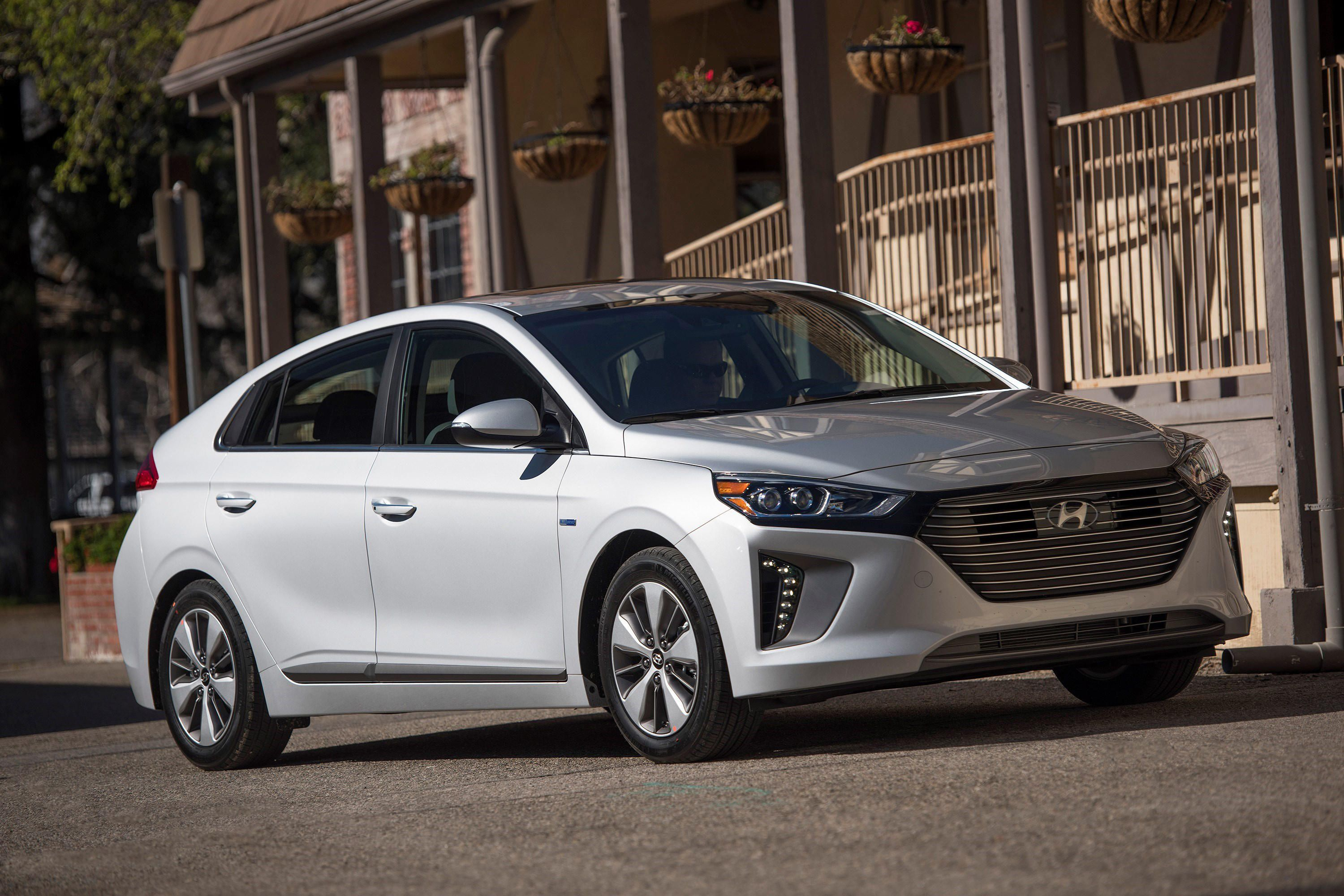 Hyundai IONIQ electric 4k big