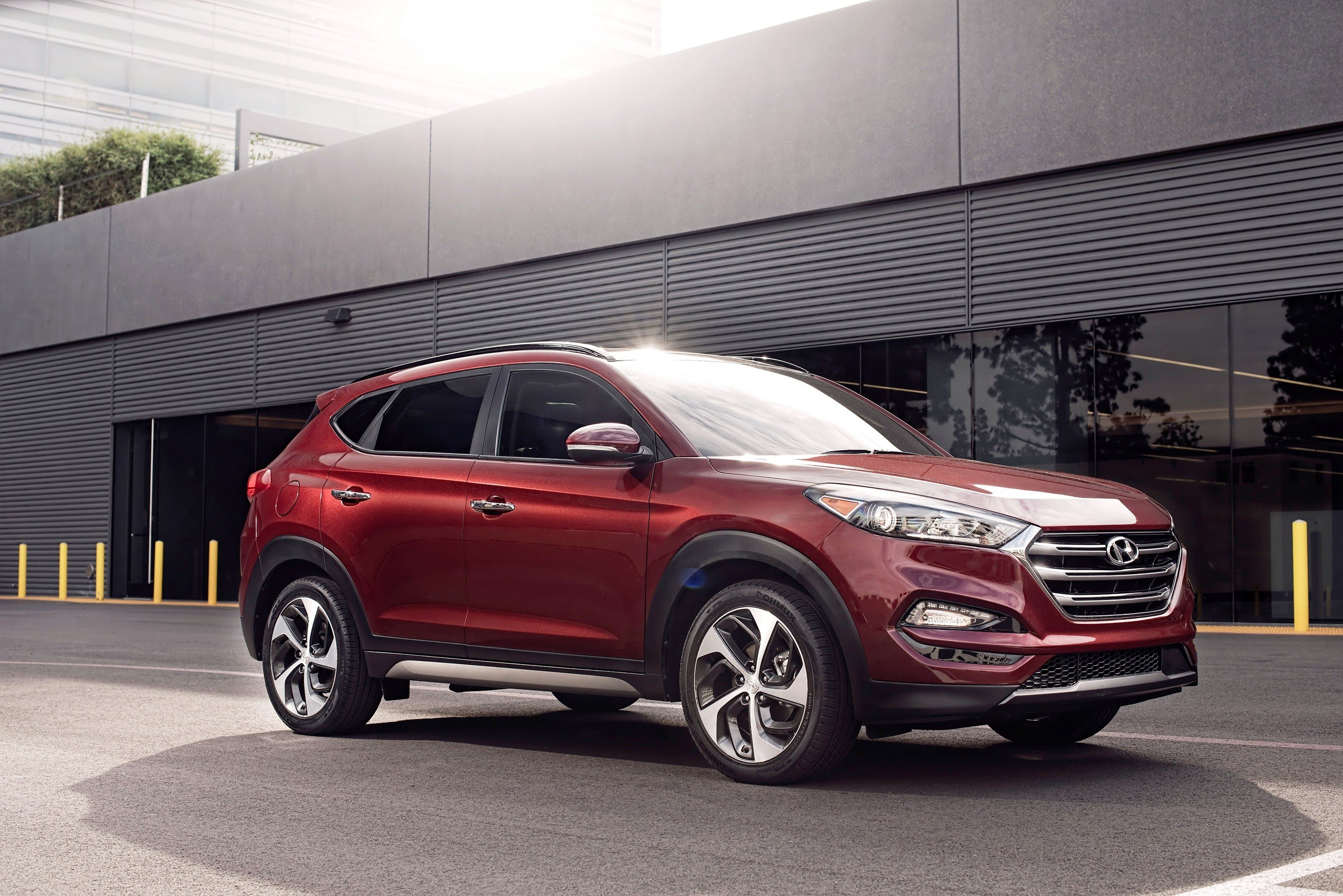 Hyundai Tucson reviews model