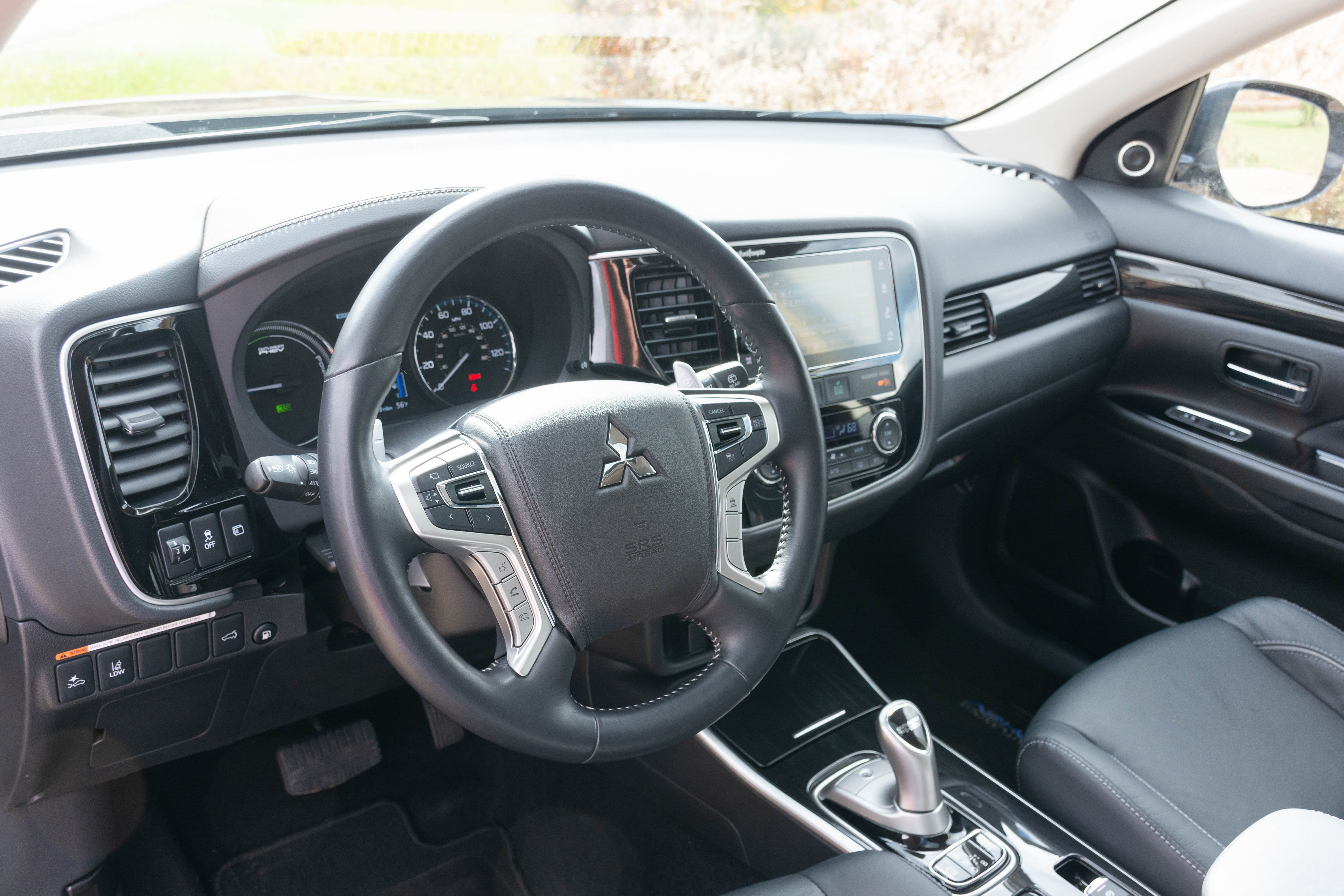 Mitsubishi Outlander reviews big