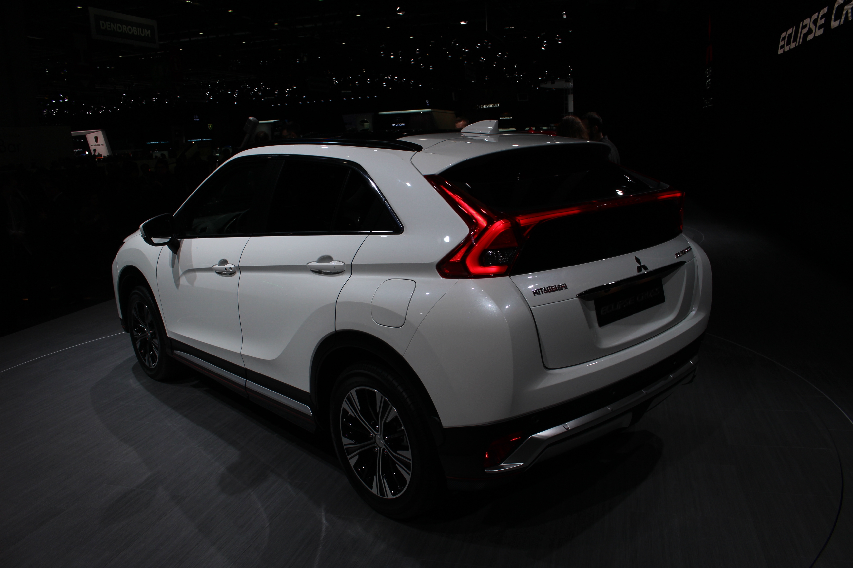 Mitsubishi Eclipse Cross modern restyling