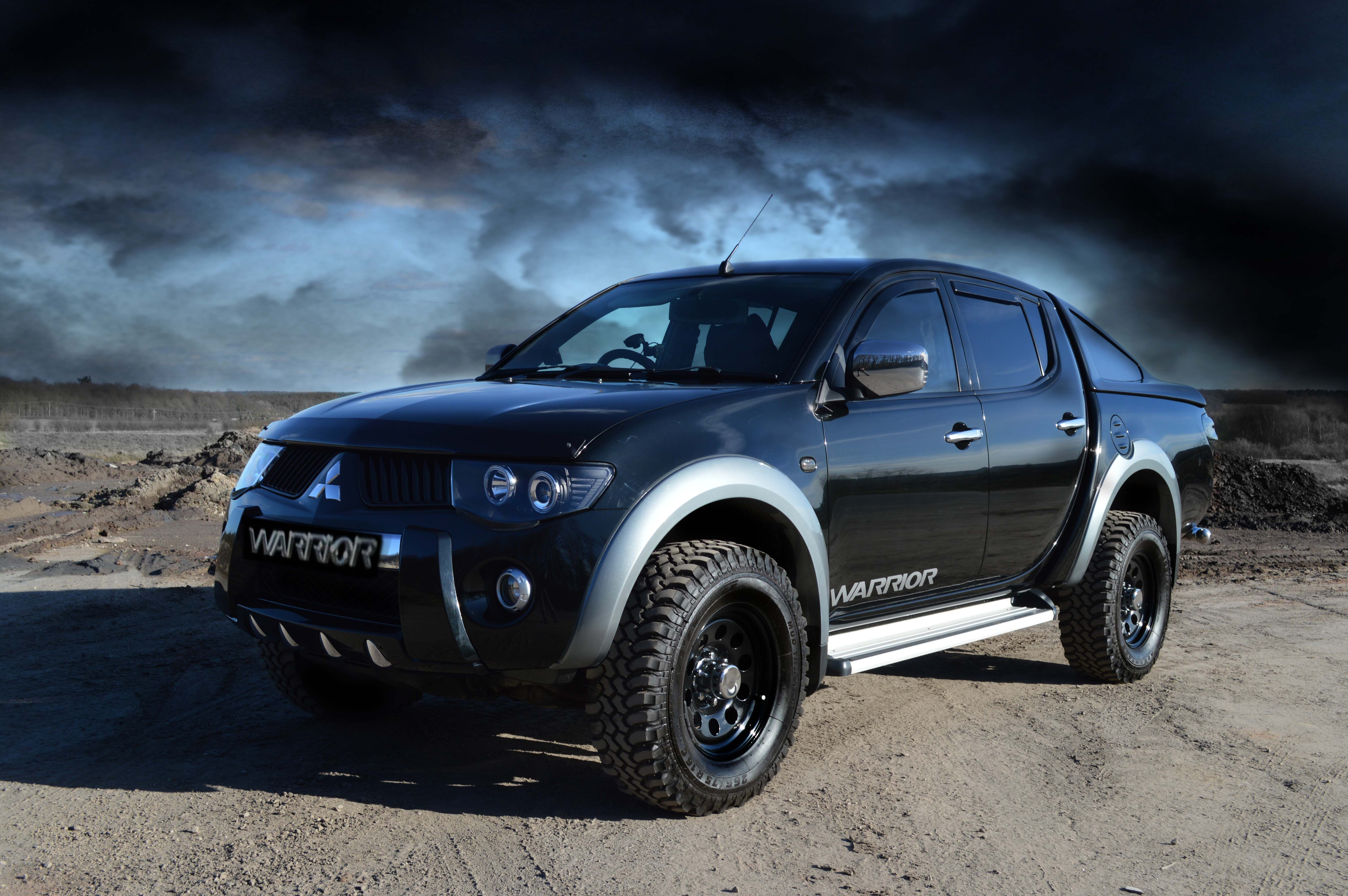 Mitsubishi L200 hd big