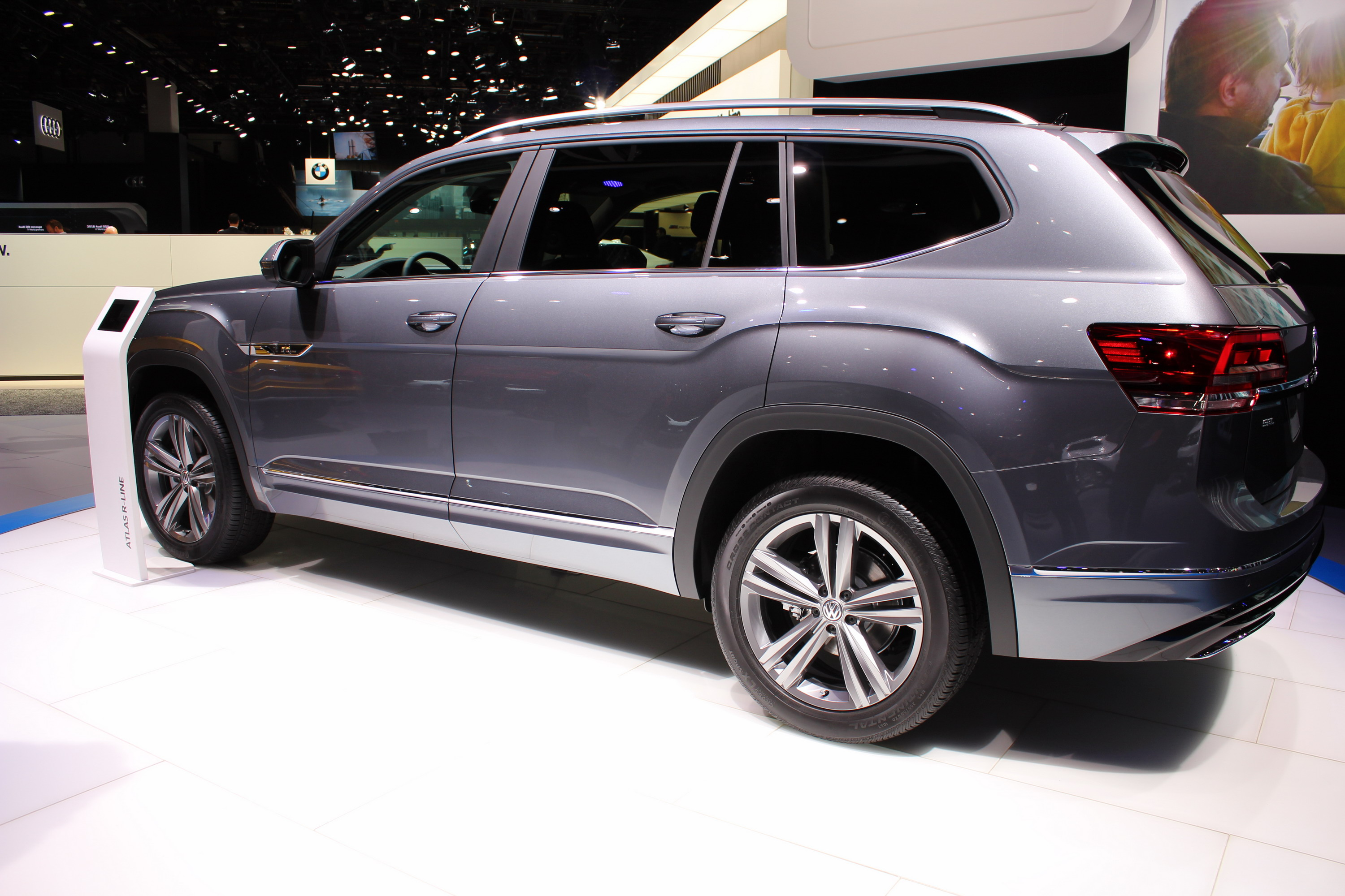 Volkswagen Atlas 4k specifications