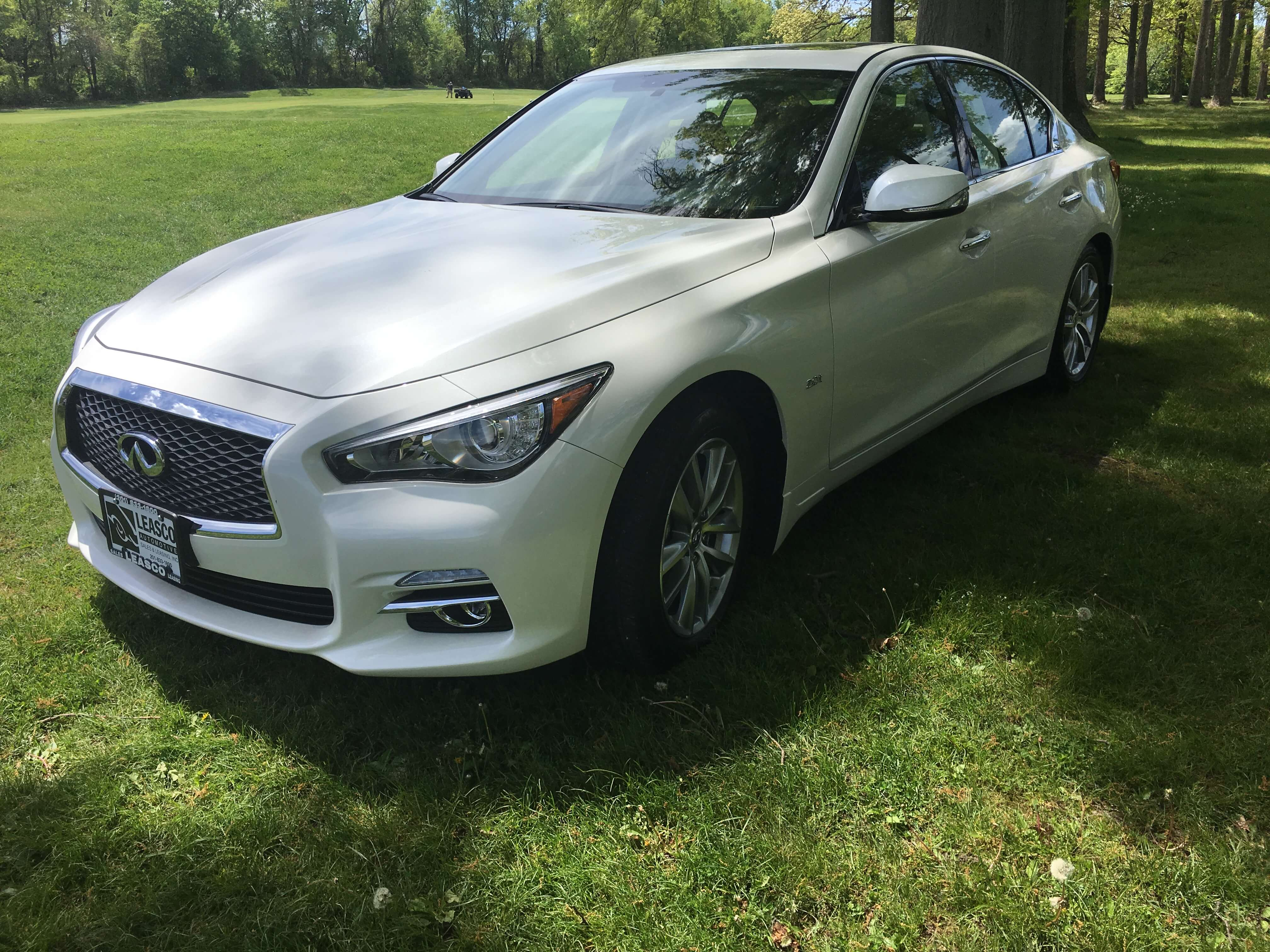 Infiniti Q50 accessories specifications