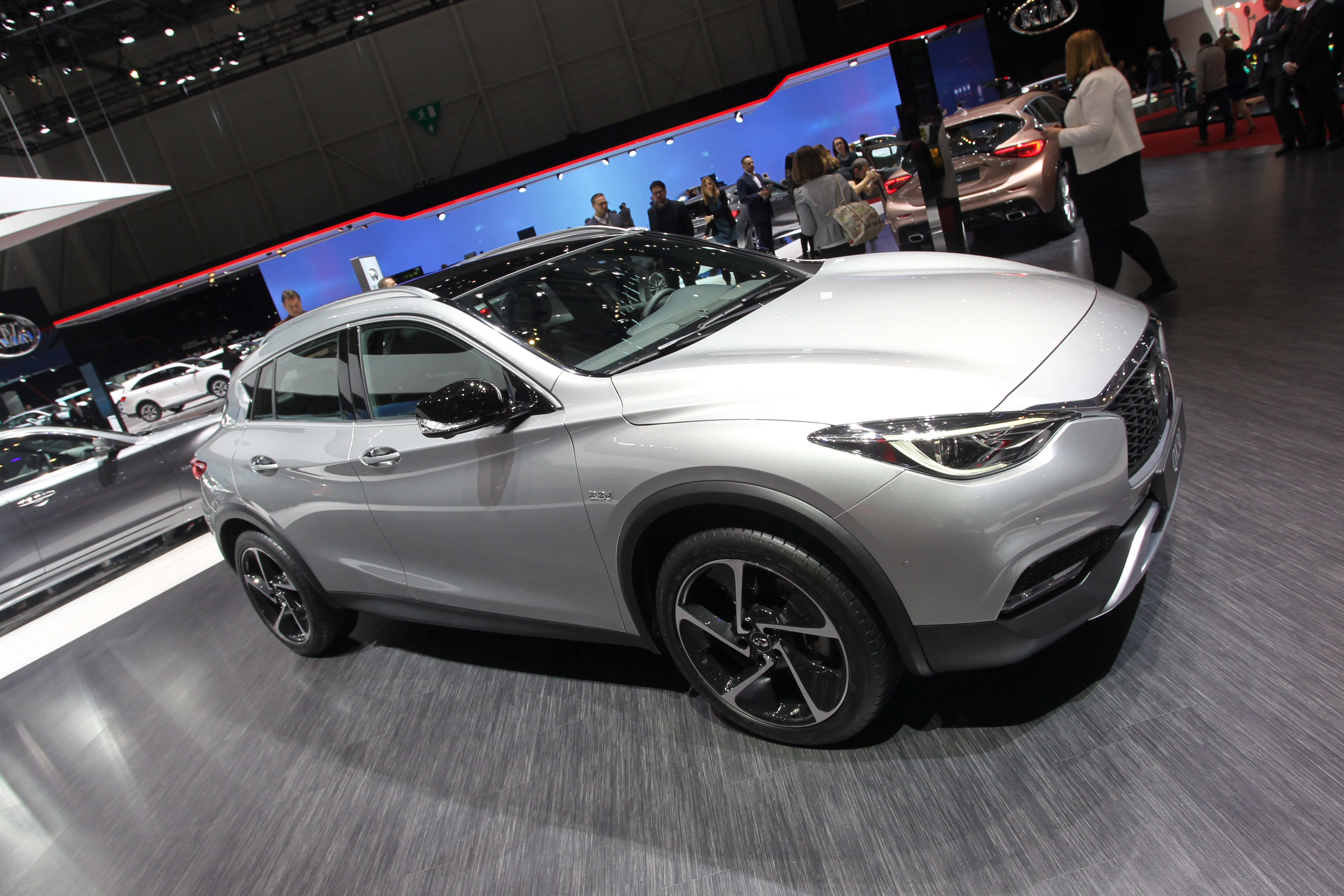 Infiniti QX30 modern specifications