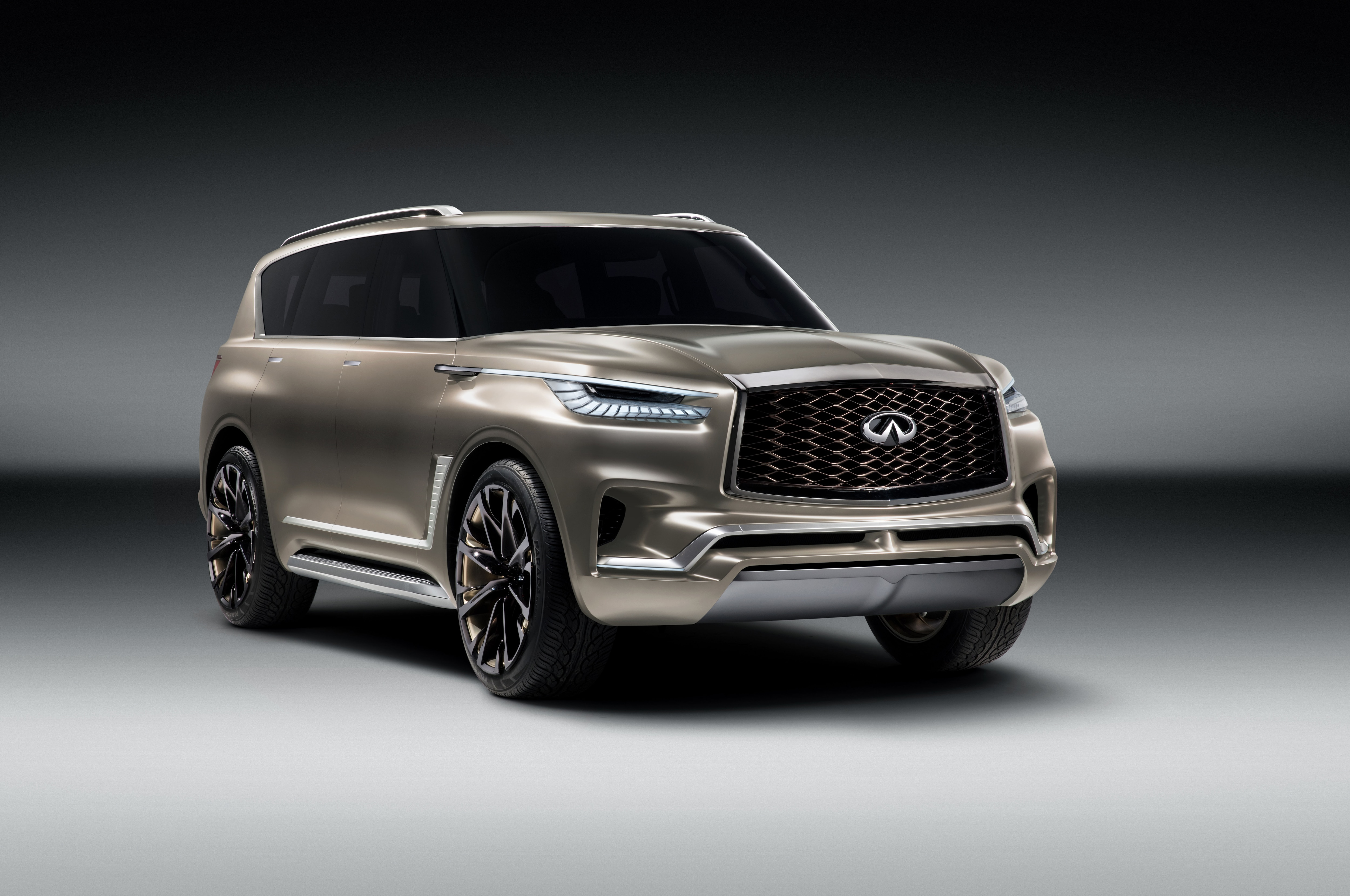Infiniti QX80 interior specifications