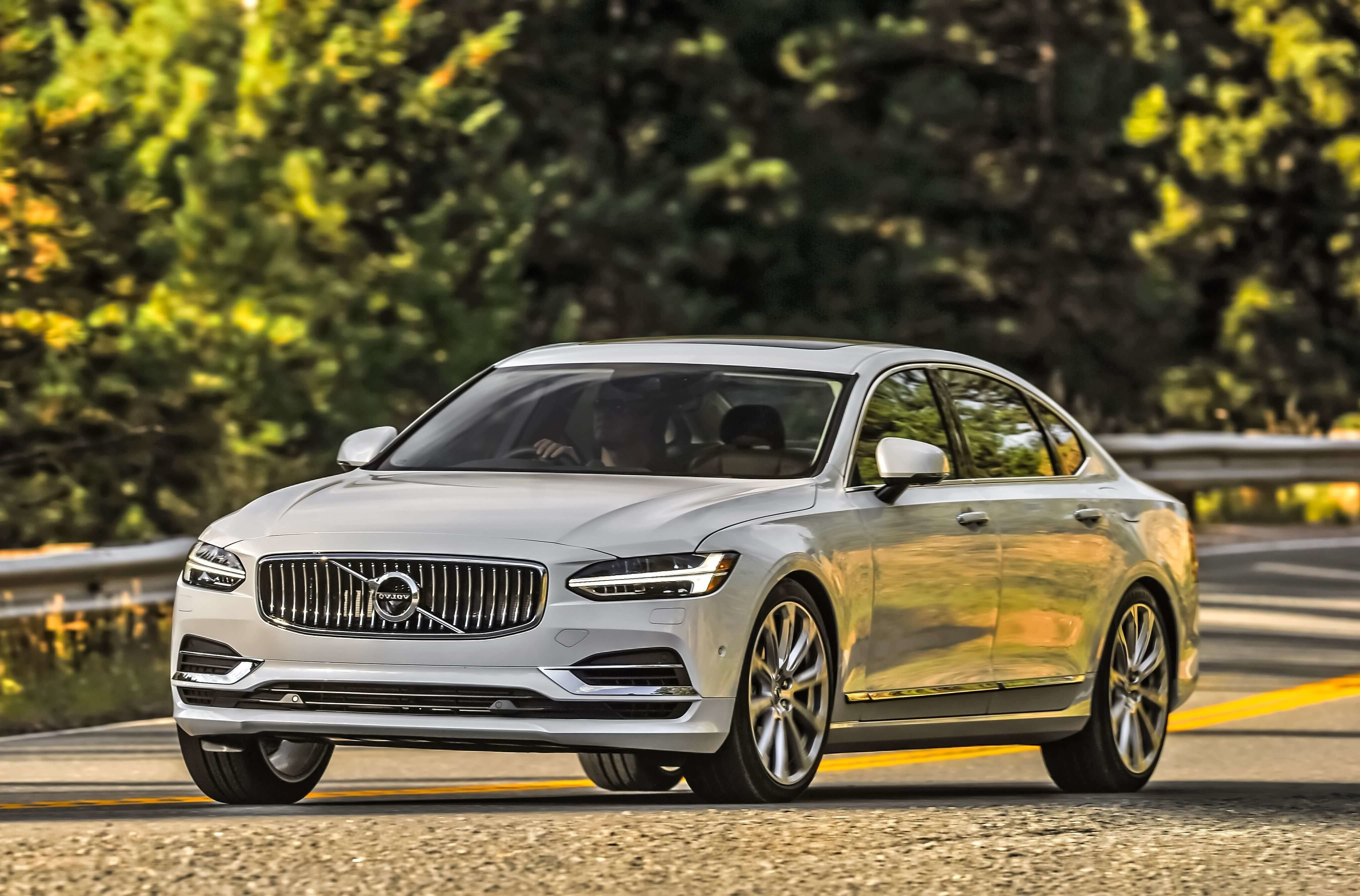 Volvo S90 reviews model
