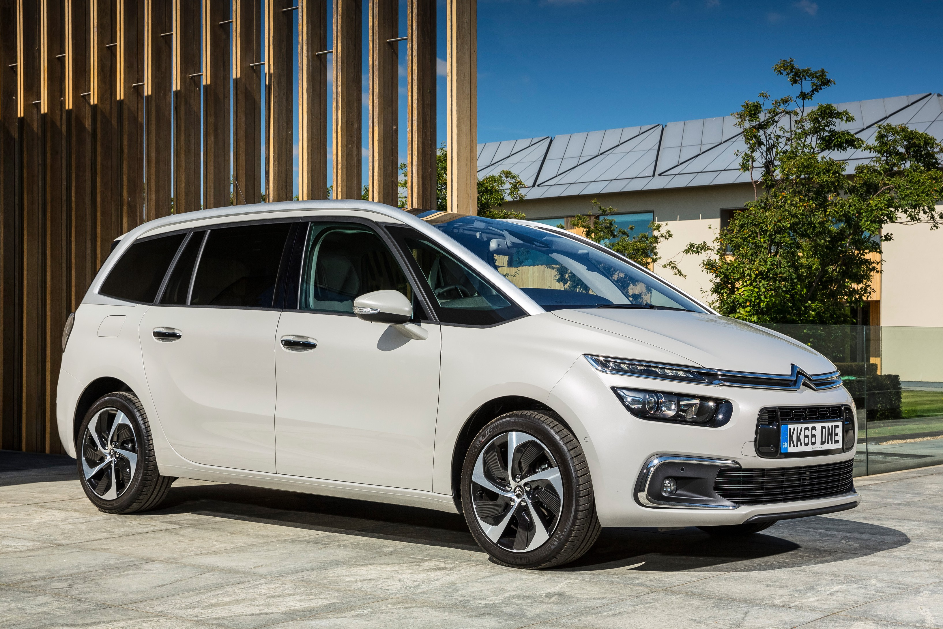 Citroen C4 Picasso mod specifications