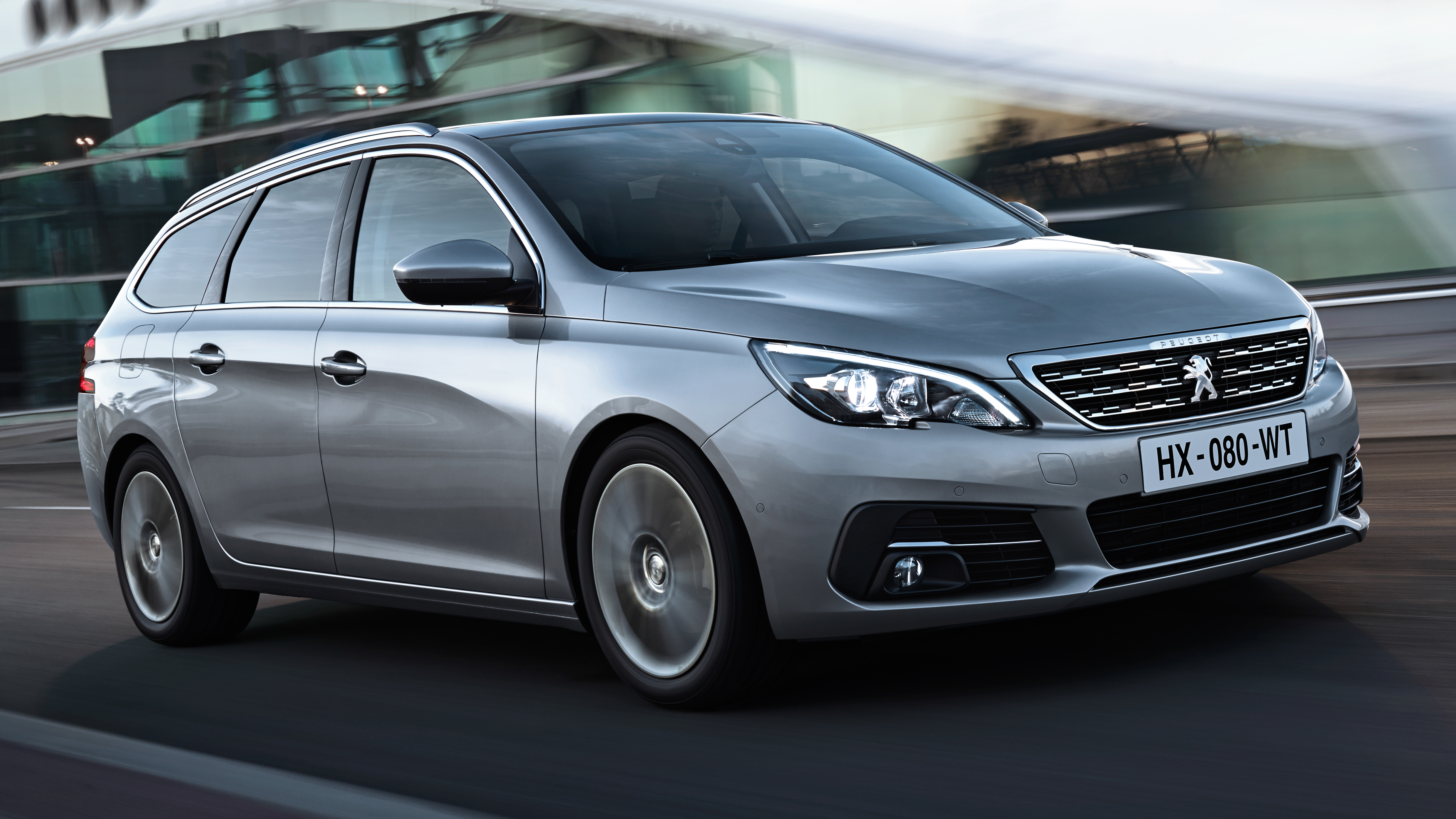 Peugeot 308 SW interior restyling