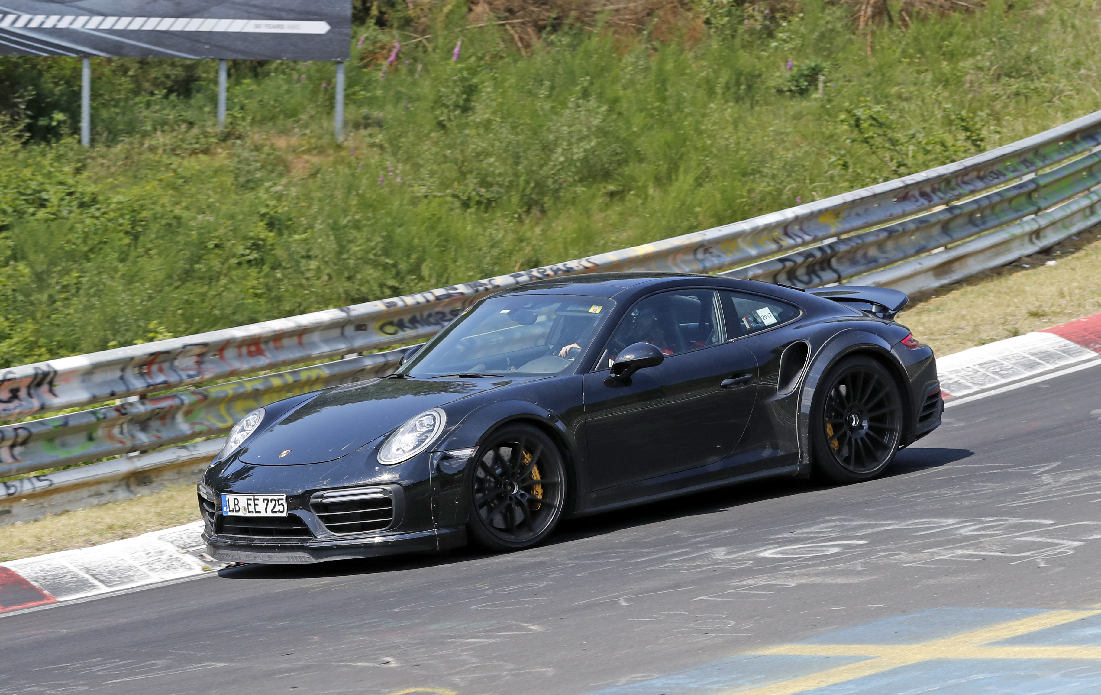 Porsche 911 Turbo Cabriolet hd specifications