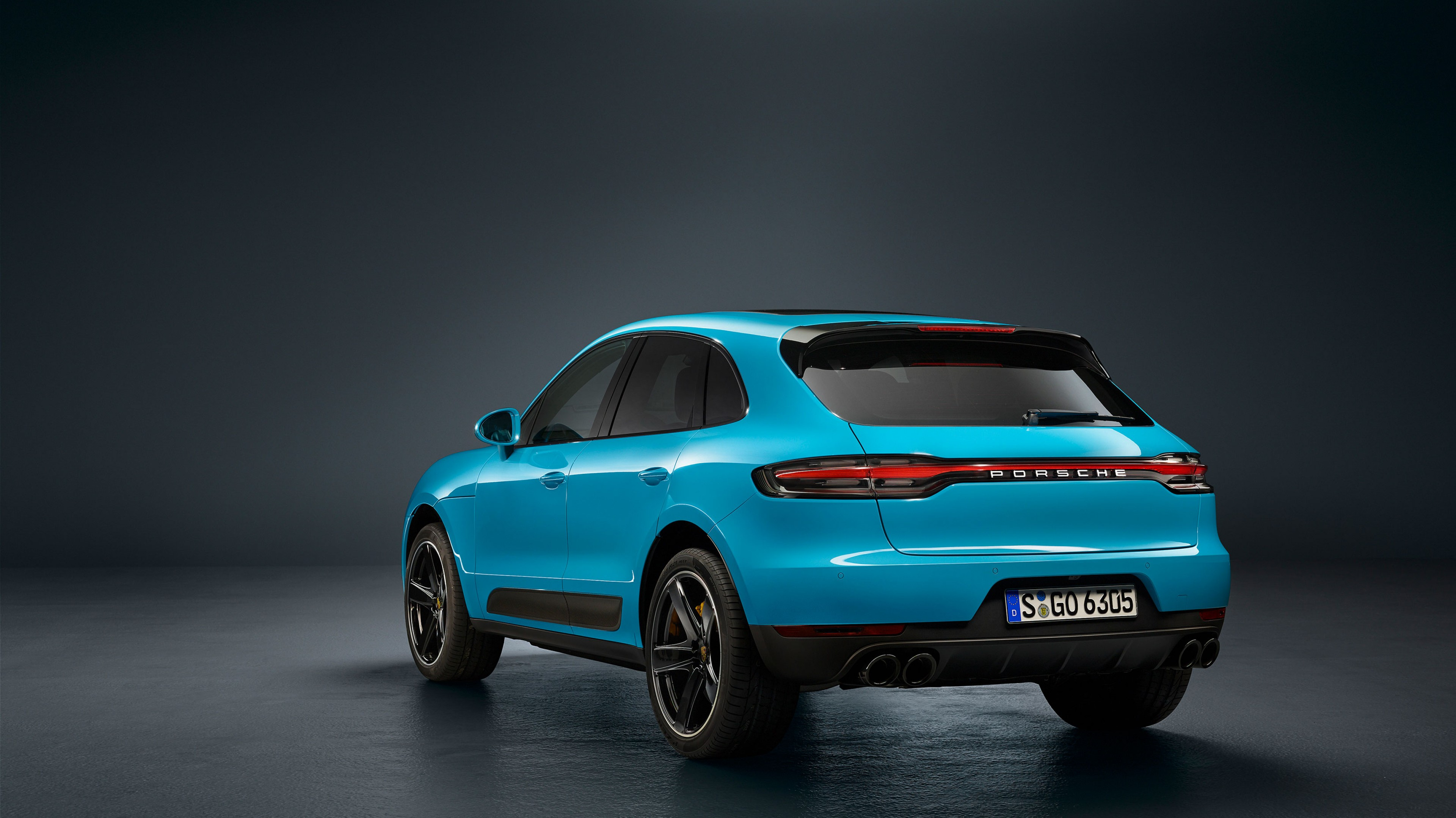 Porsche Macan Turbo exterior model
