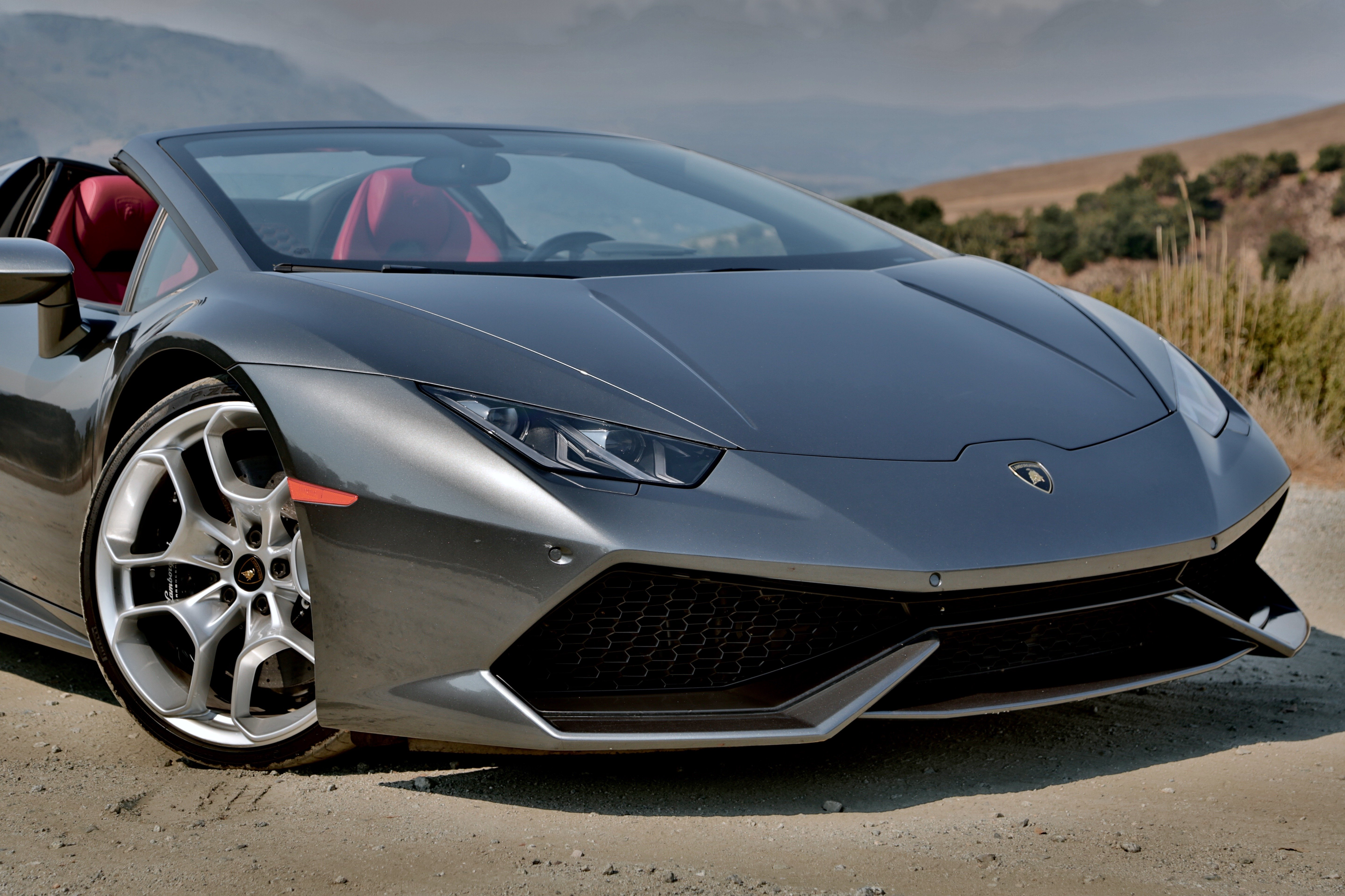 Lamborghini Huracan LP580-2 Spyder cabriolet specifications