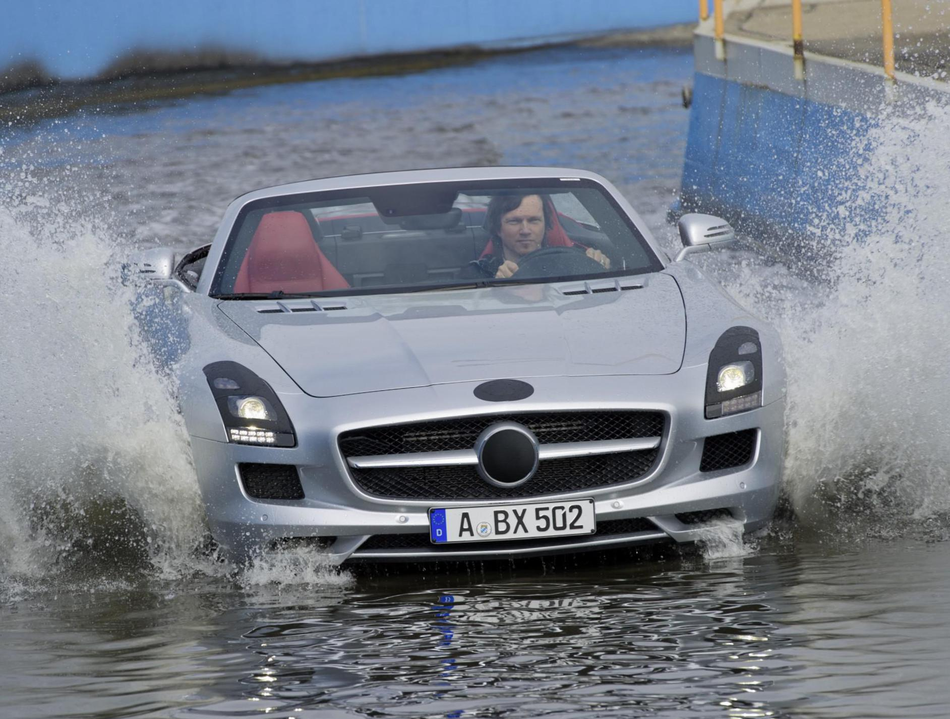 Mercedes SLS AMG Roadster (R197) tuning sedan