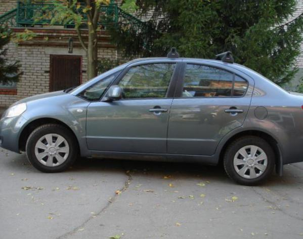 SX4 Sedan Suzuki usa coupe