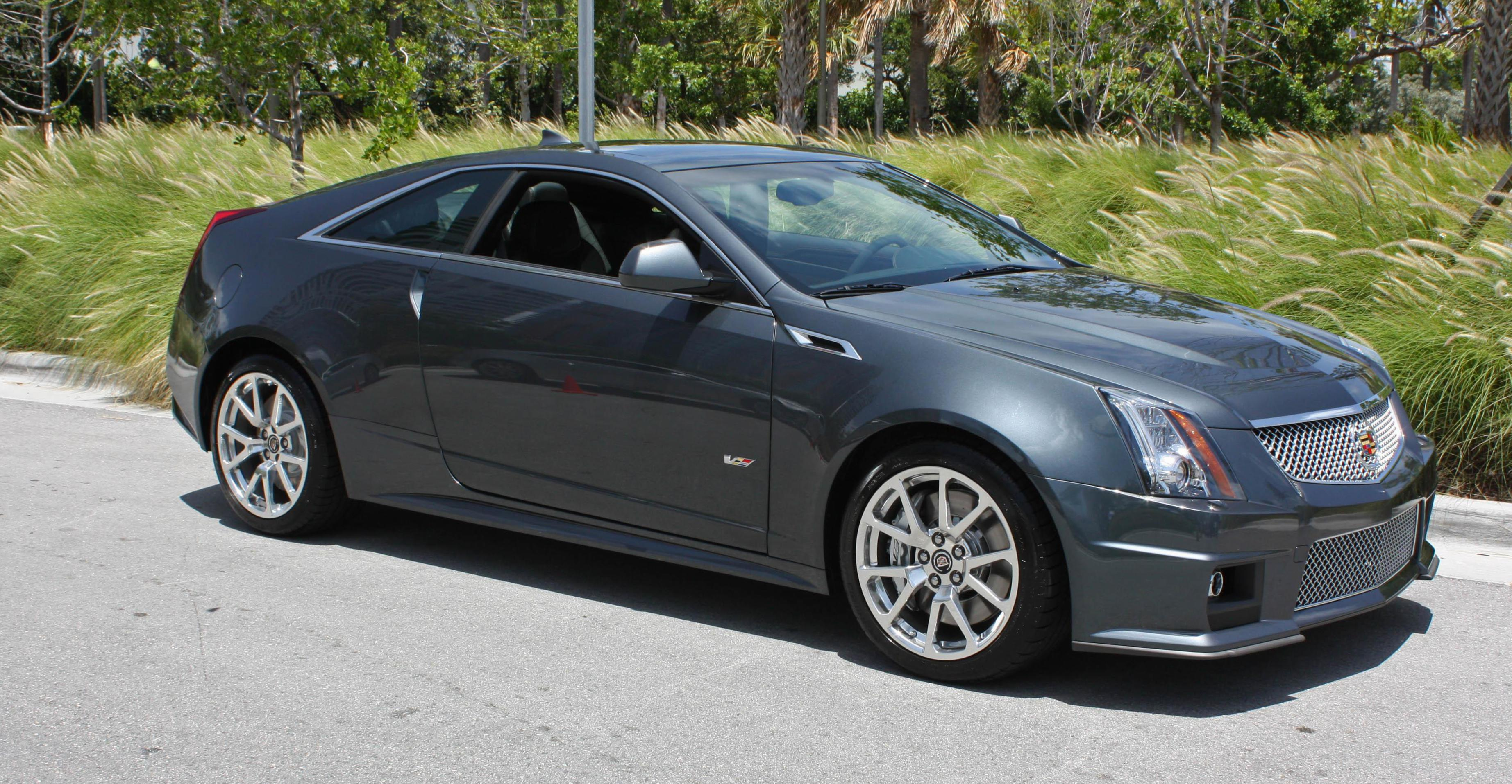 Cadillac CTS-V Coupe how mach hatchback