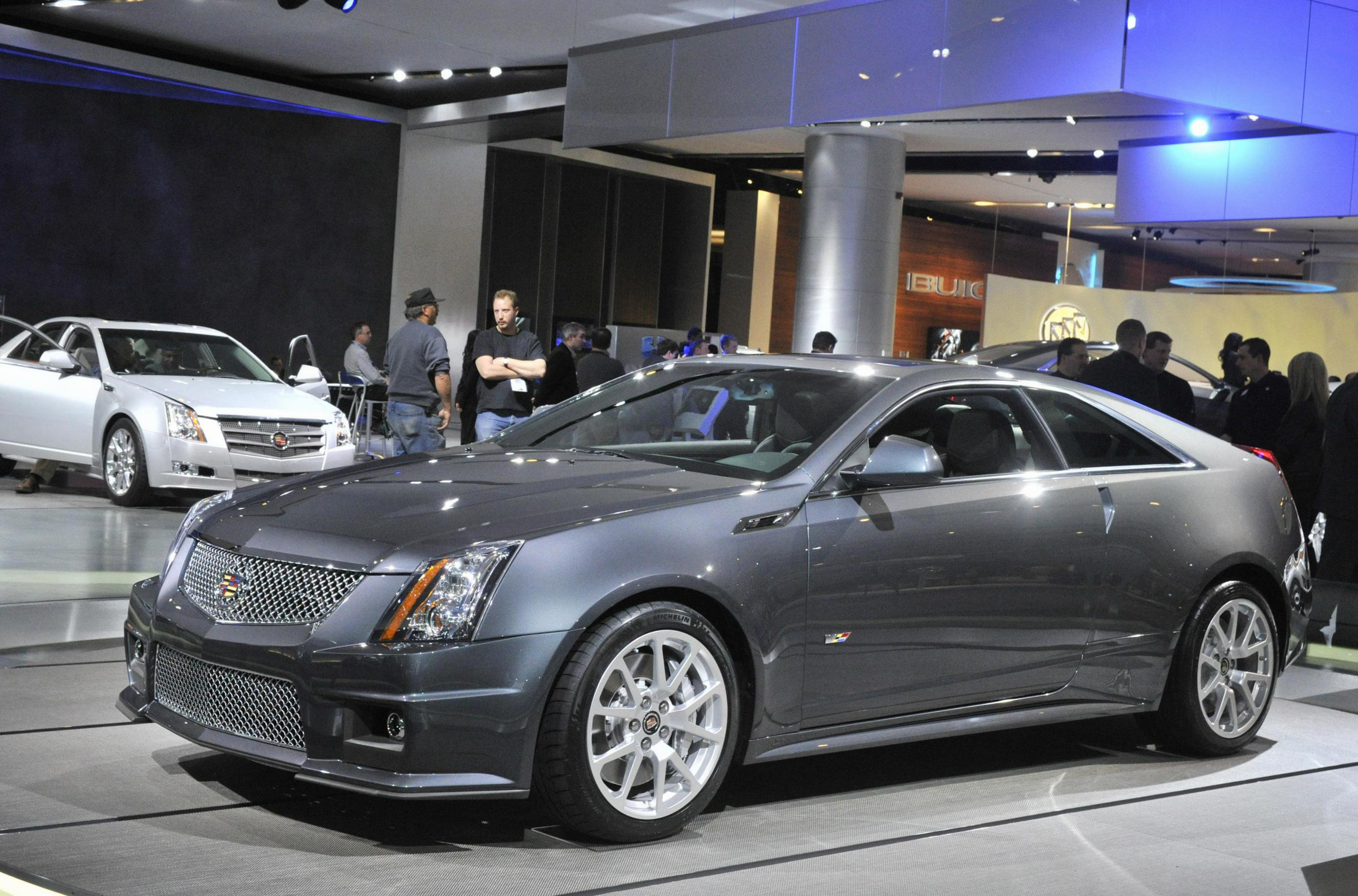 Cadillac CTS-V Coupe model suv