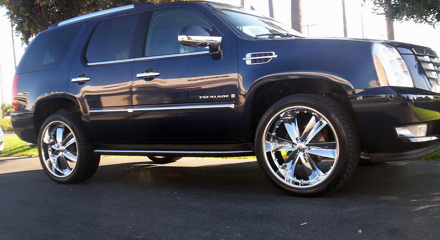 Cadillac Escalade Specification 2010