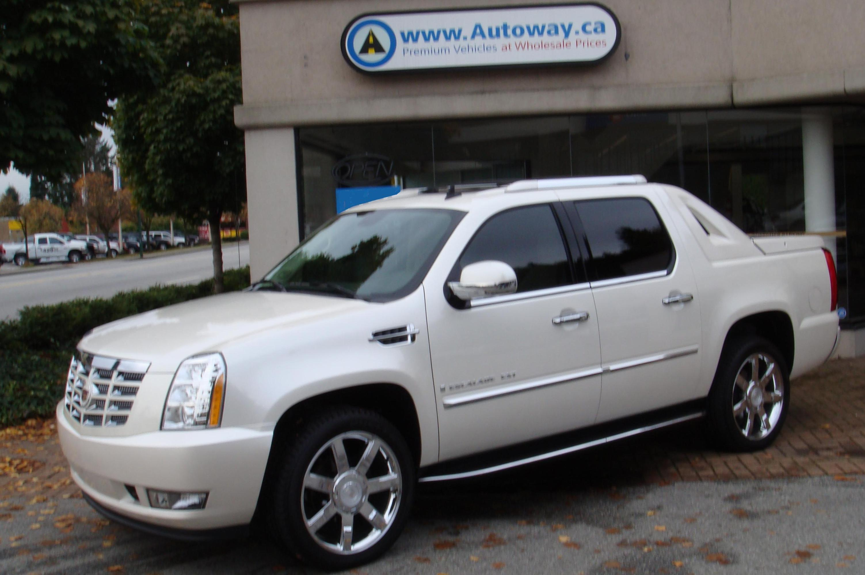 Cadillac Escalade EXT how mach 2011