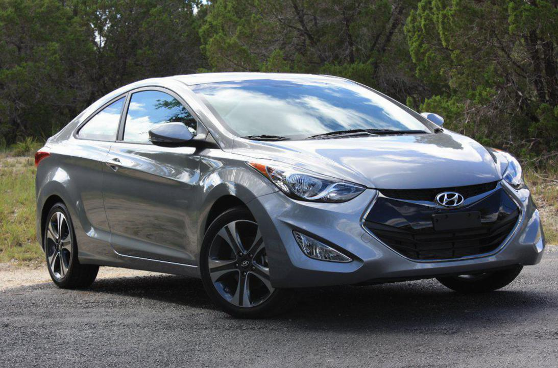 Elantra Hyundai review suv