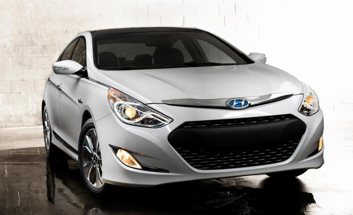 Sonata Hyundai reviews sedan