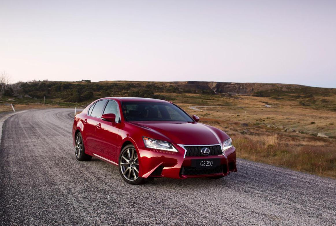 Lexus GS 250 350 how mach sedan