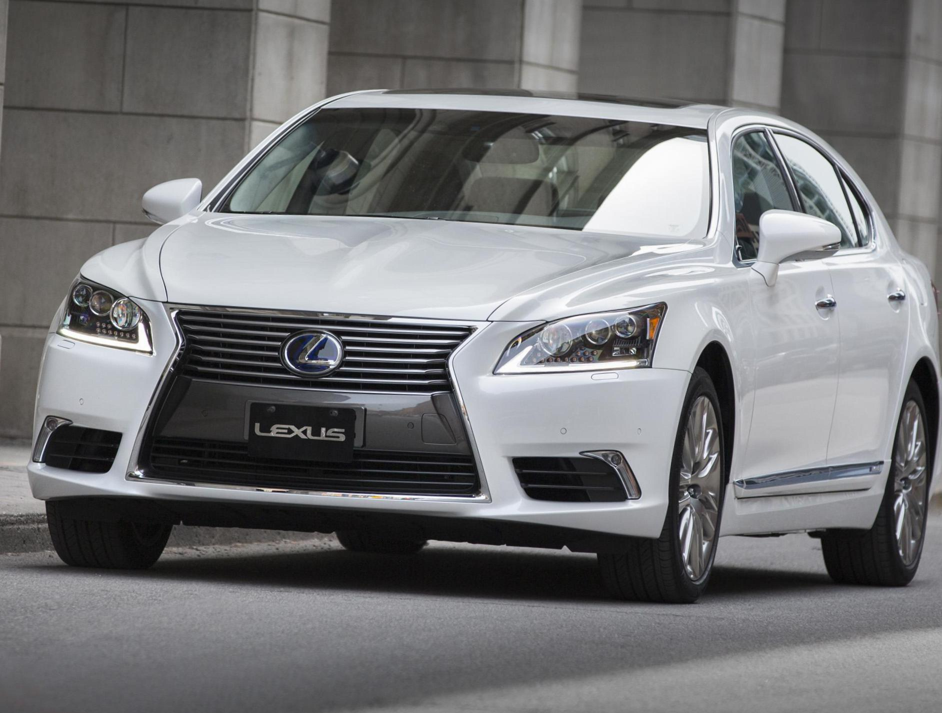 LS 600h Lexus lease sedan